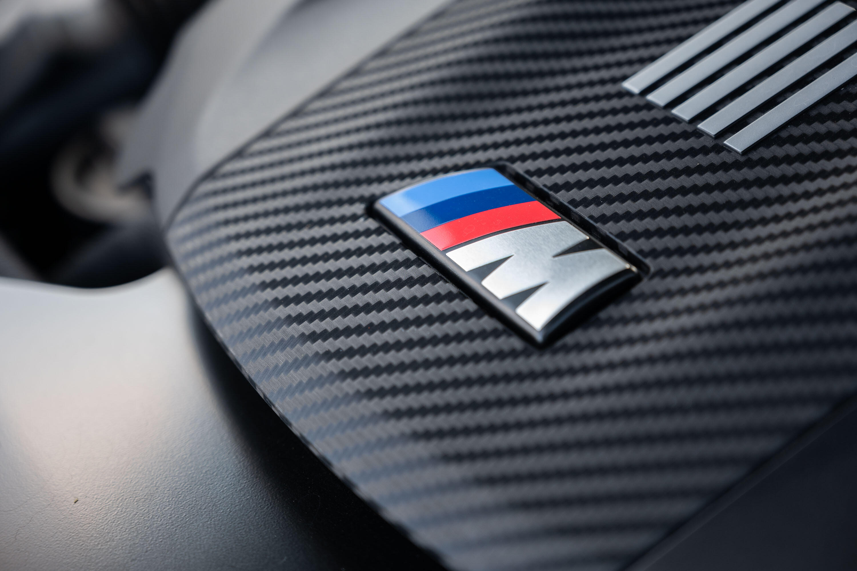 2020-bmw-x5-m-competition-16