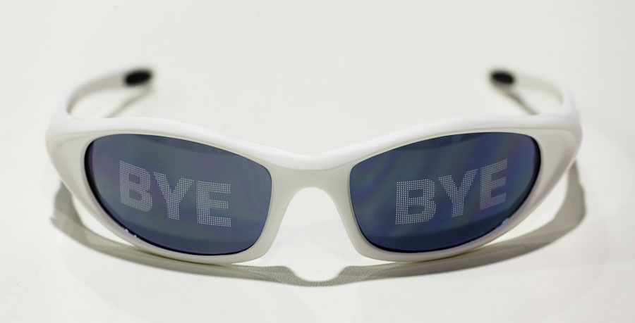 Toshiba says it's time to throw away the 3D glasses--at least for those who can afford its top-end 55LZ2 3D TV.