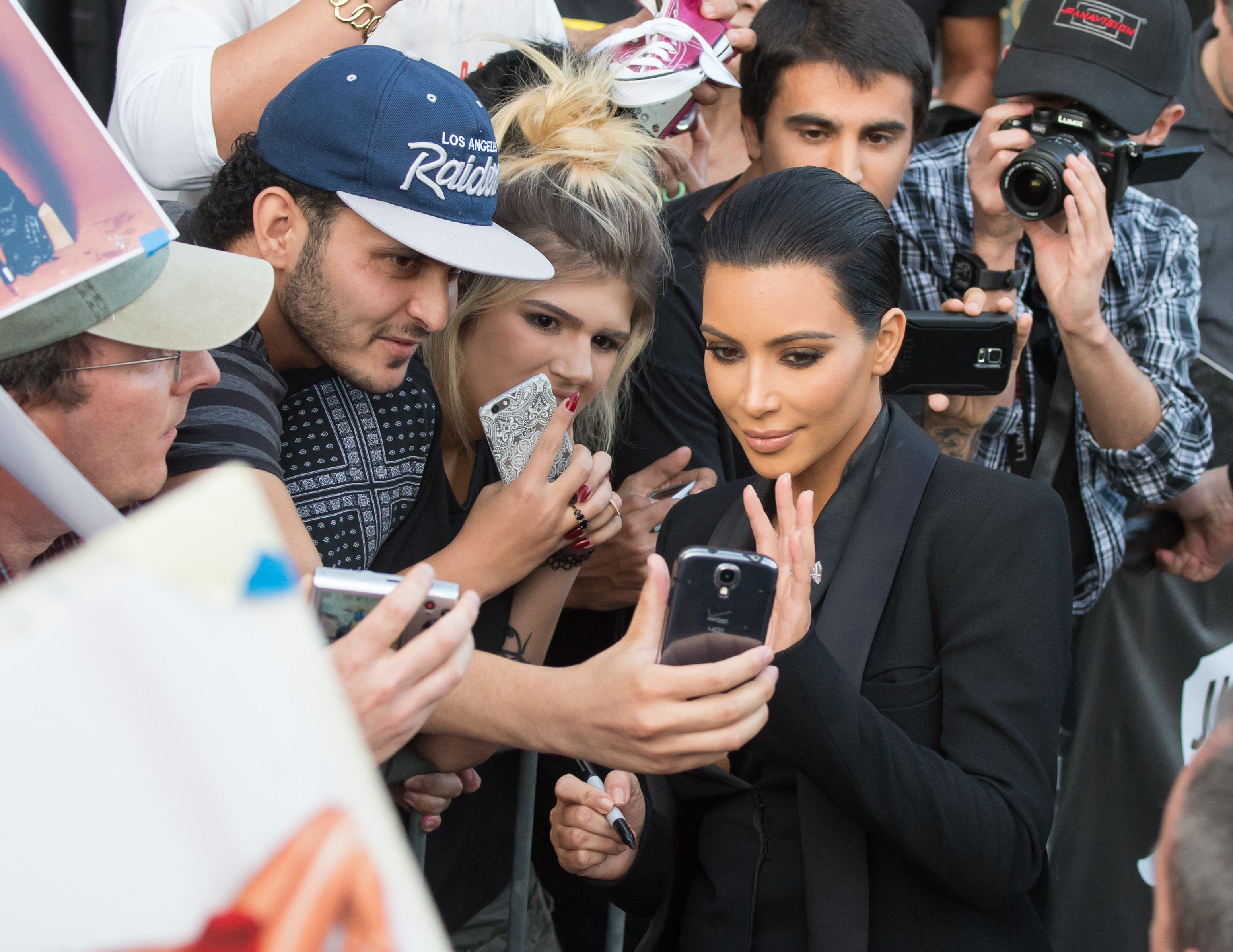 LOS ANGELES, CA - APRIL 30: Kim Kardashian is seen in Hollywood on April 30, 2015 in Los Angeles, California.  (Photo by RB/Bauer-Griffin/GC Images)