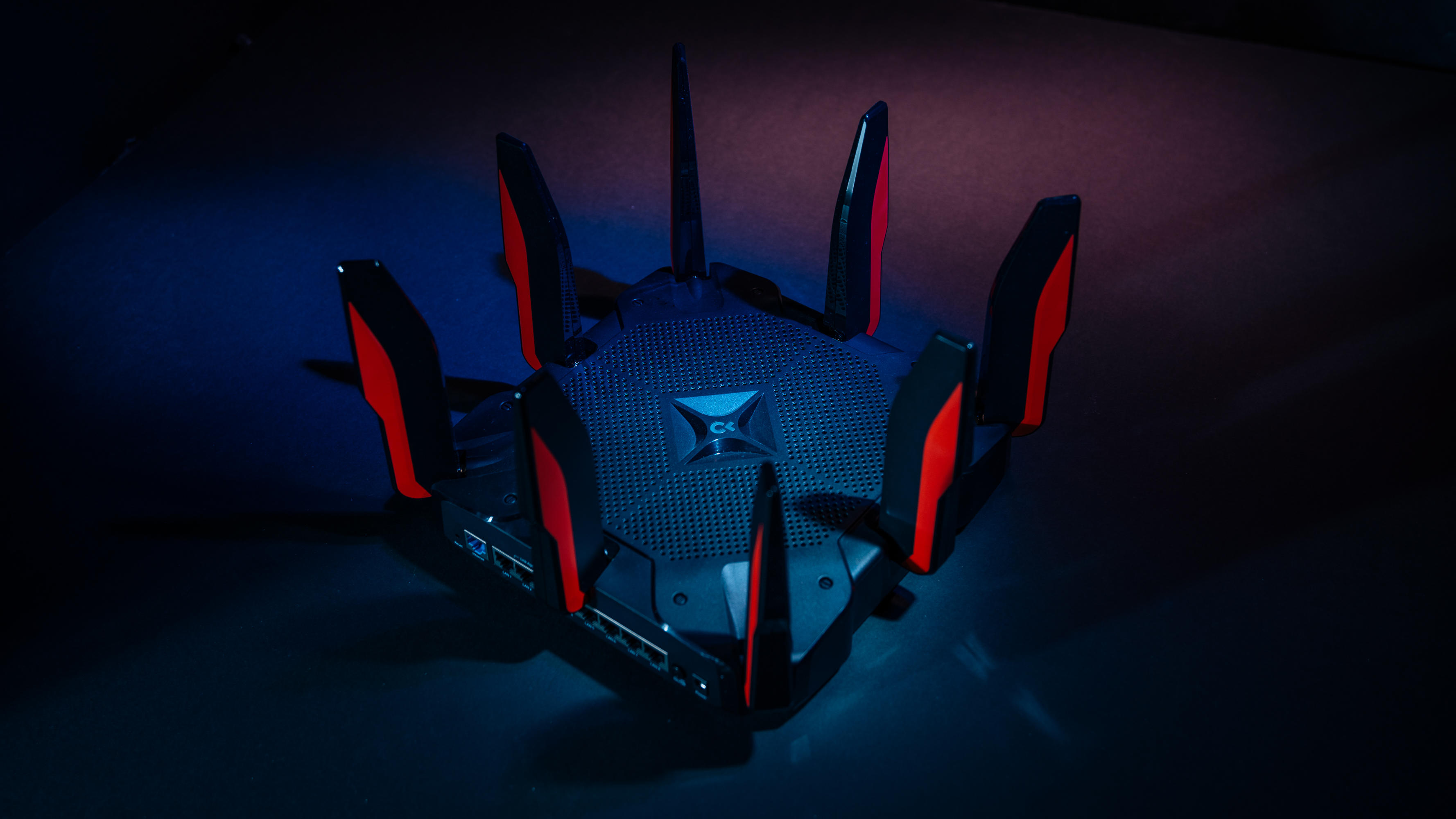 tp-link-ac5400-gaming-router-1