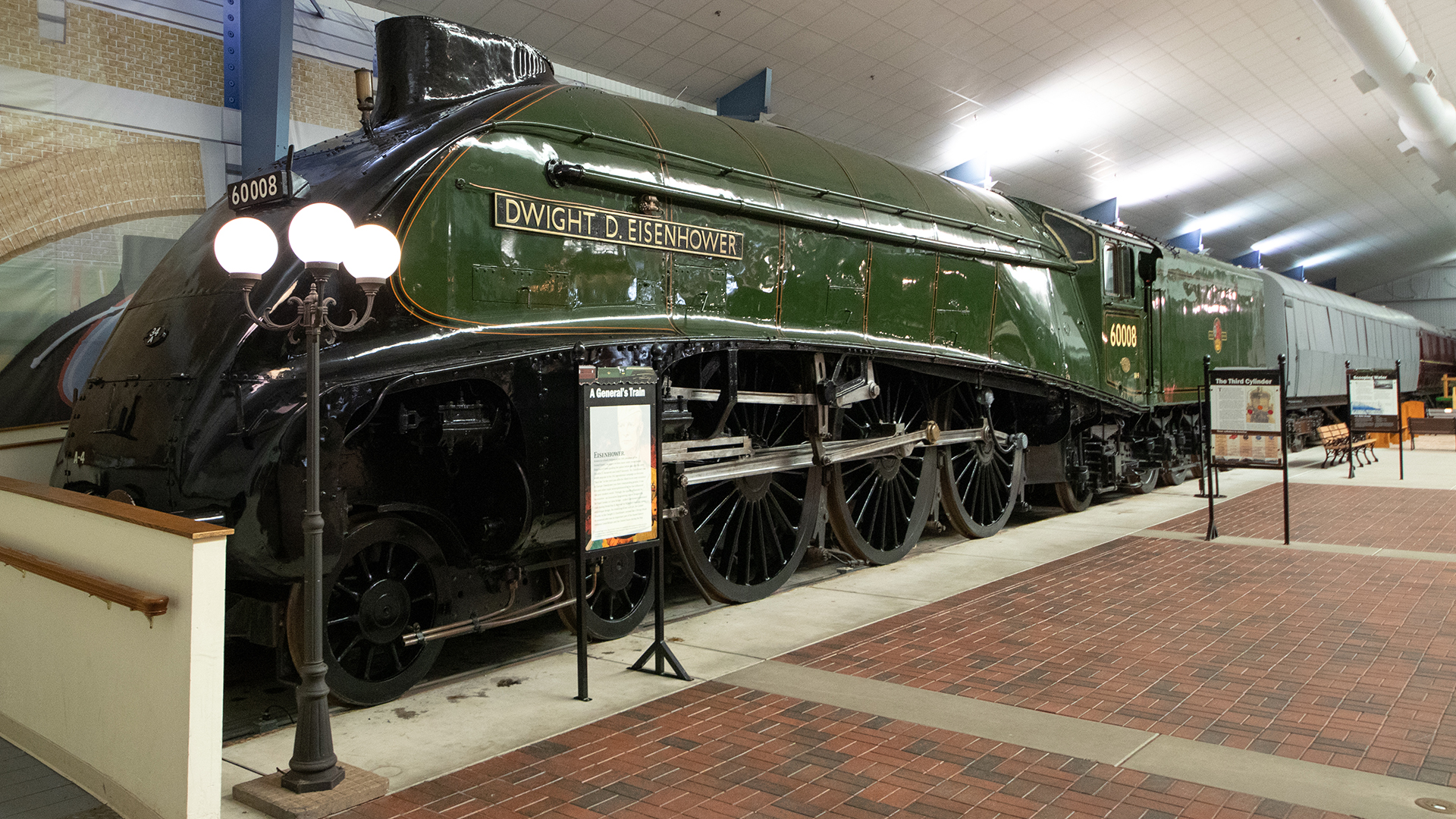 national-railroad-museum-1-of-47