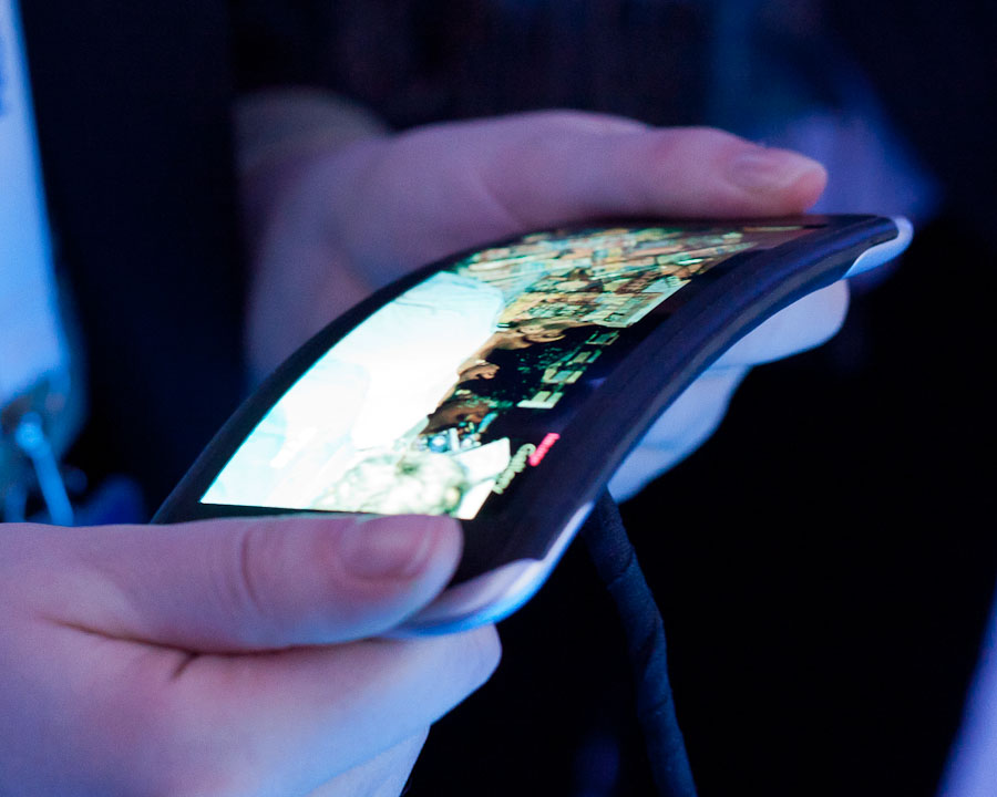 The Nokia kinetic device scrolls through photos and music playlists when its edges are twisted.