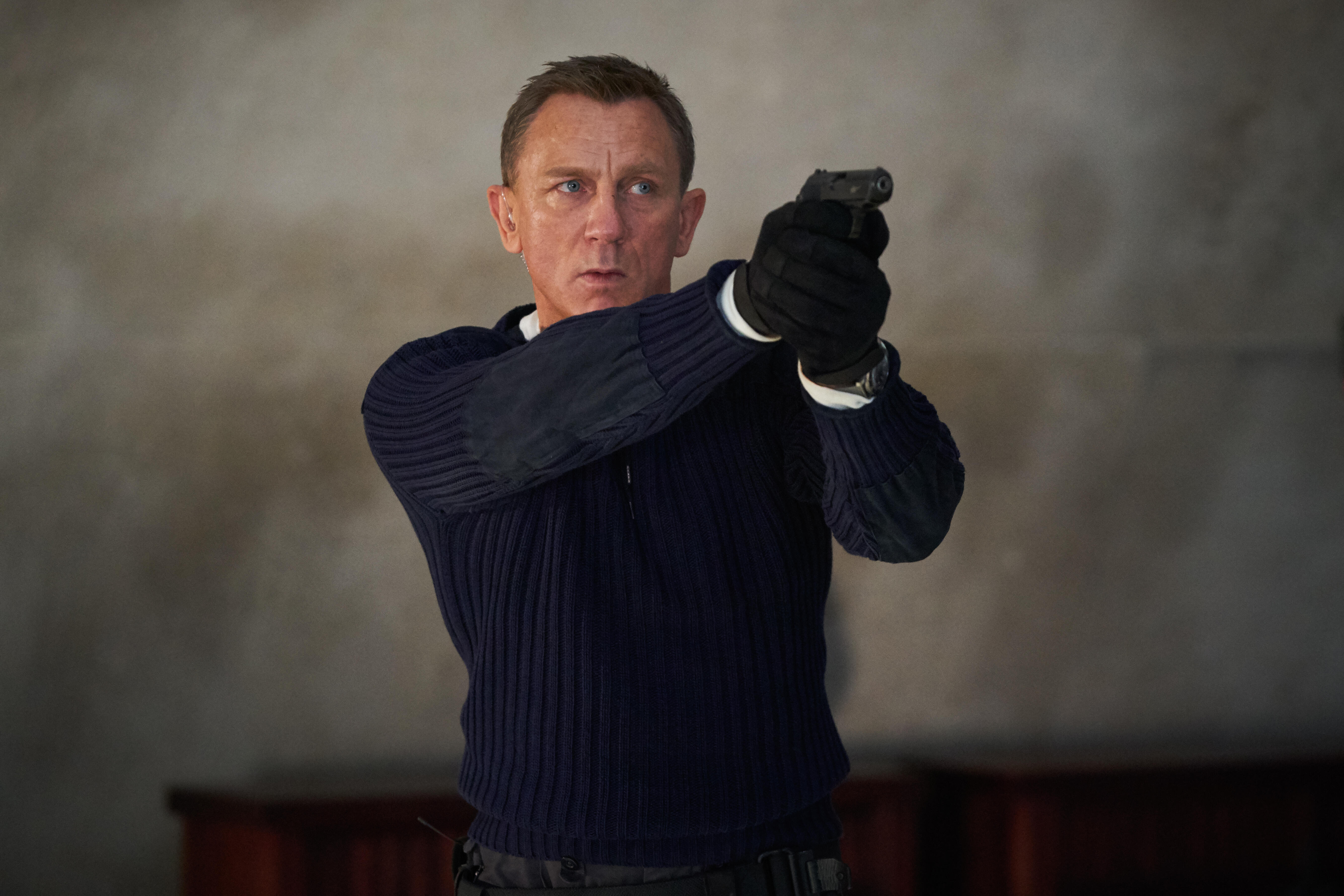 No Time To Die review: Daniel Craig bids farewell to James Bond in style -  CNET