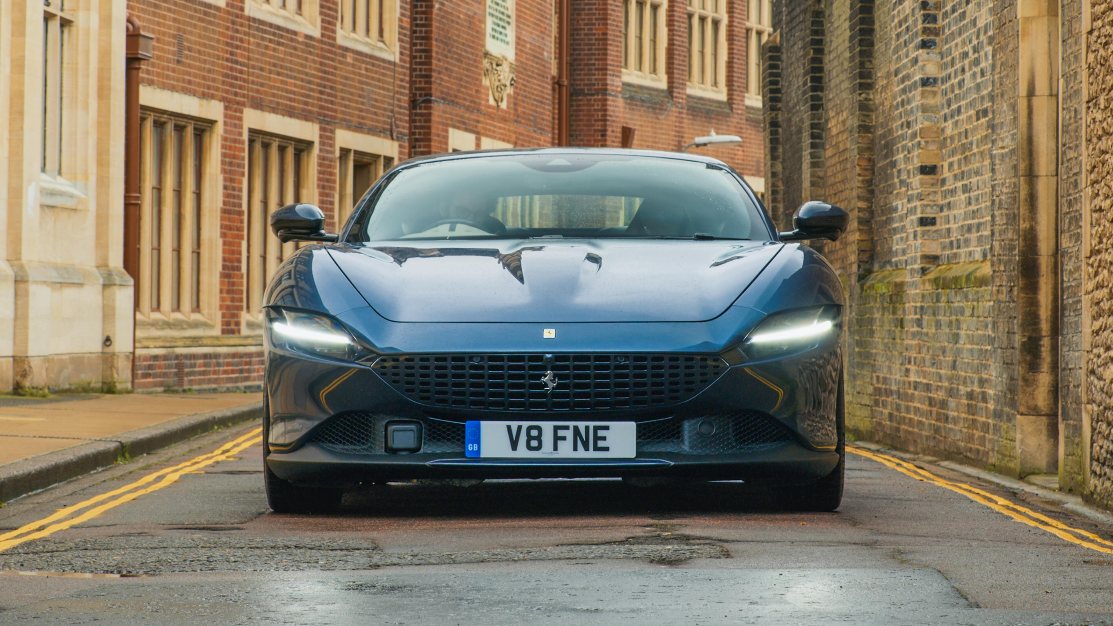 Video: The Ferrari Roma is a beautiful grand tourer with strong performance