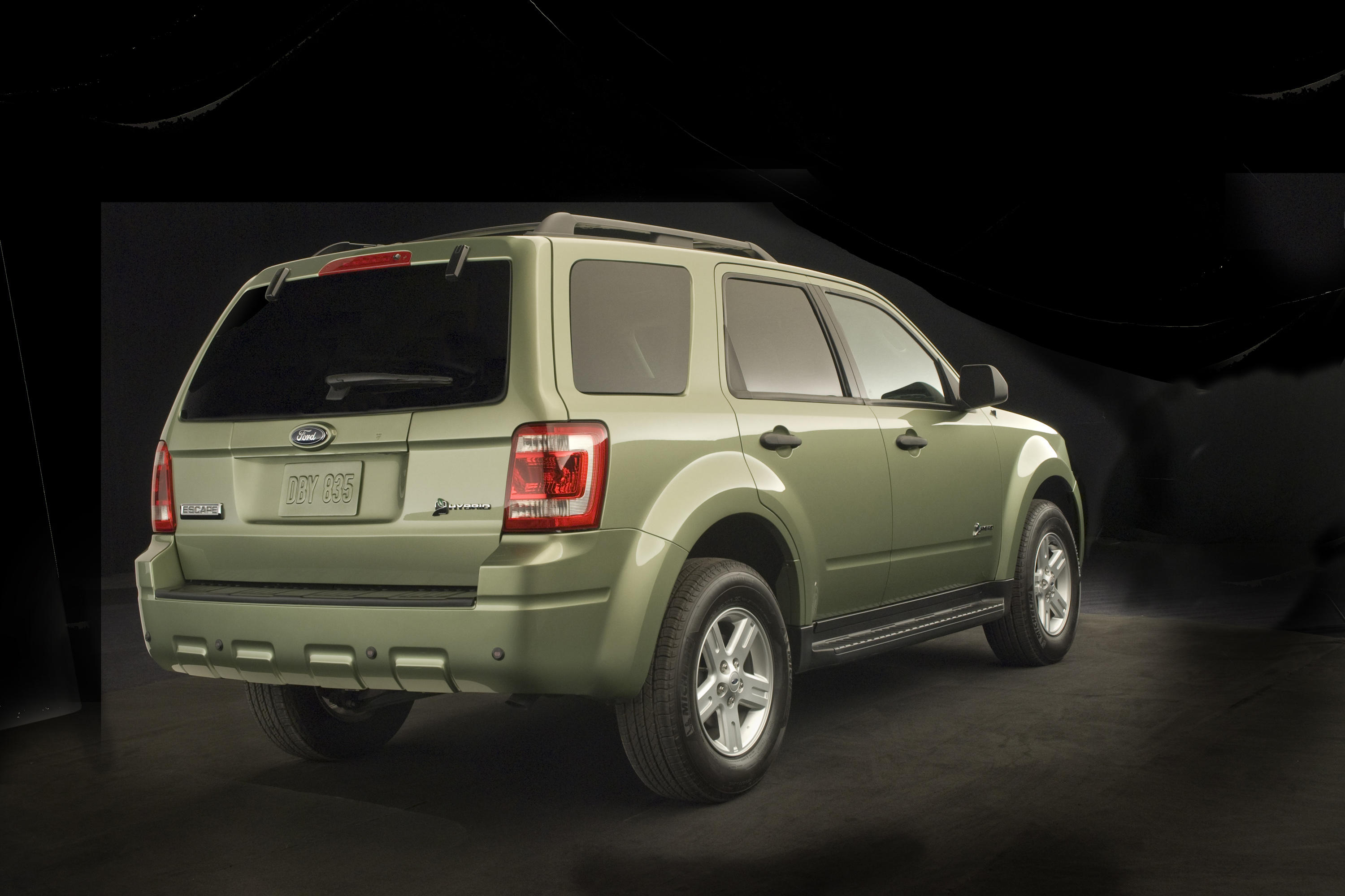 2008-ford-escape-hybrid-exterior-2