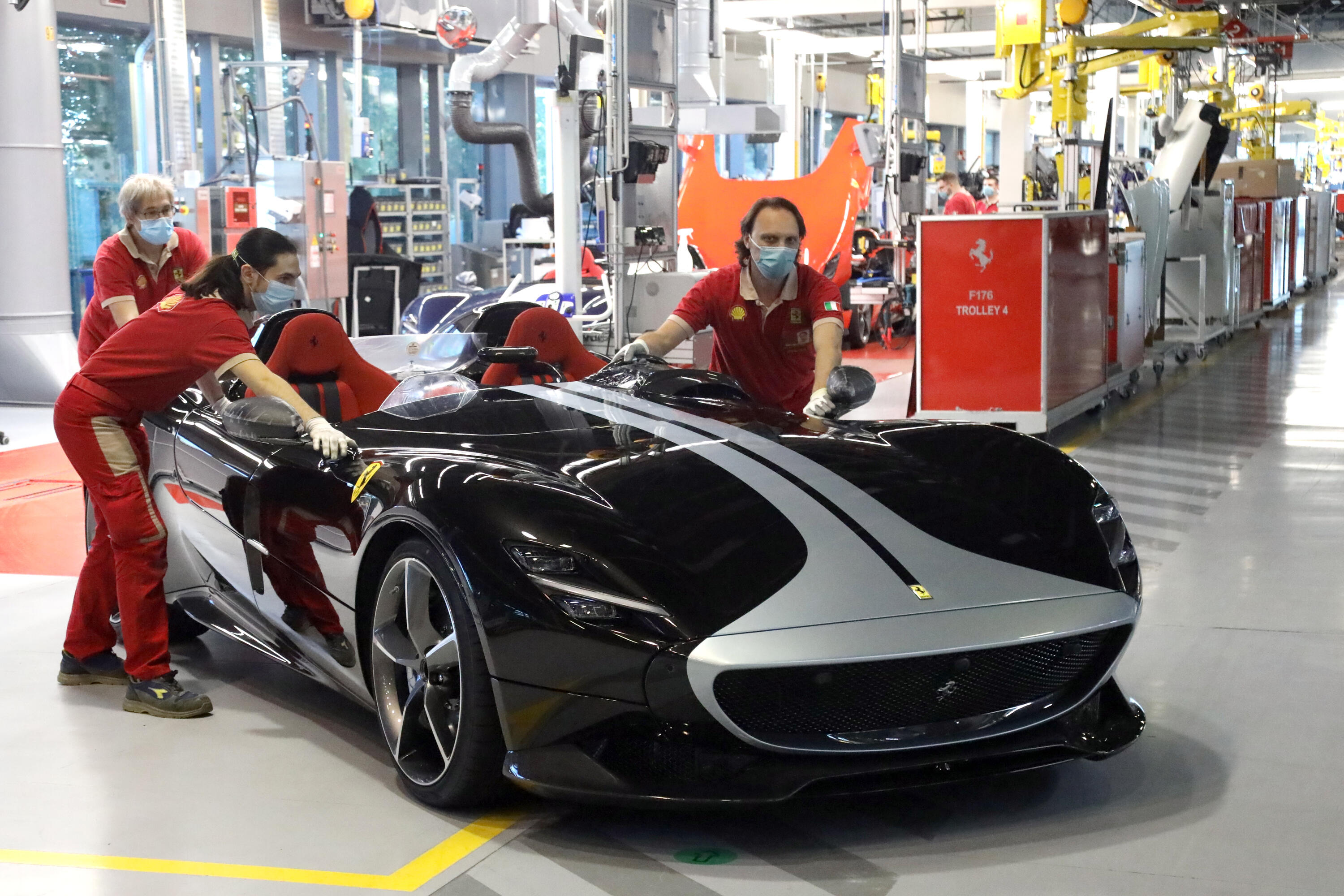 Ferrari Monza SP2 production