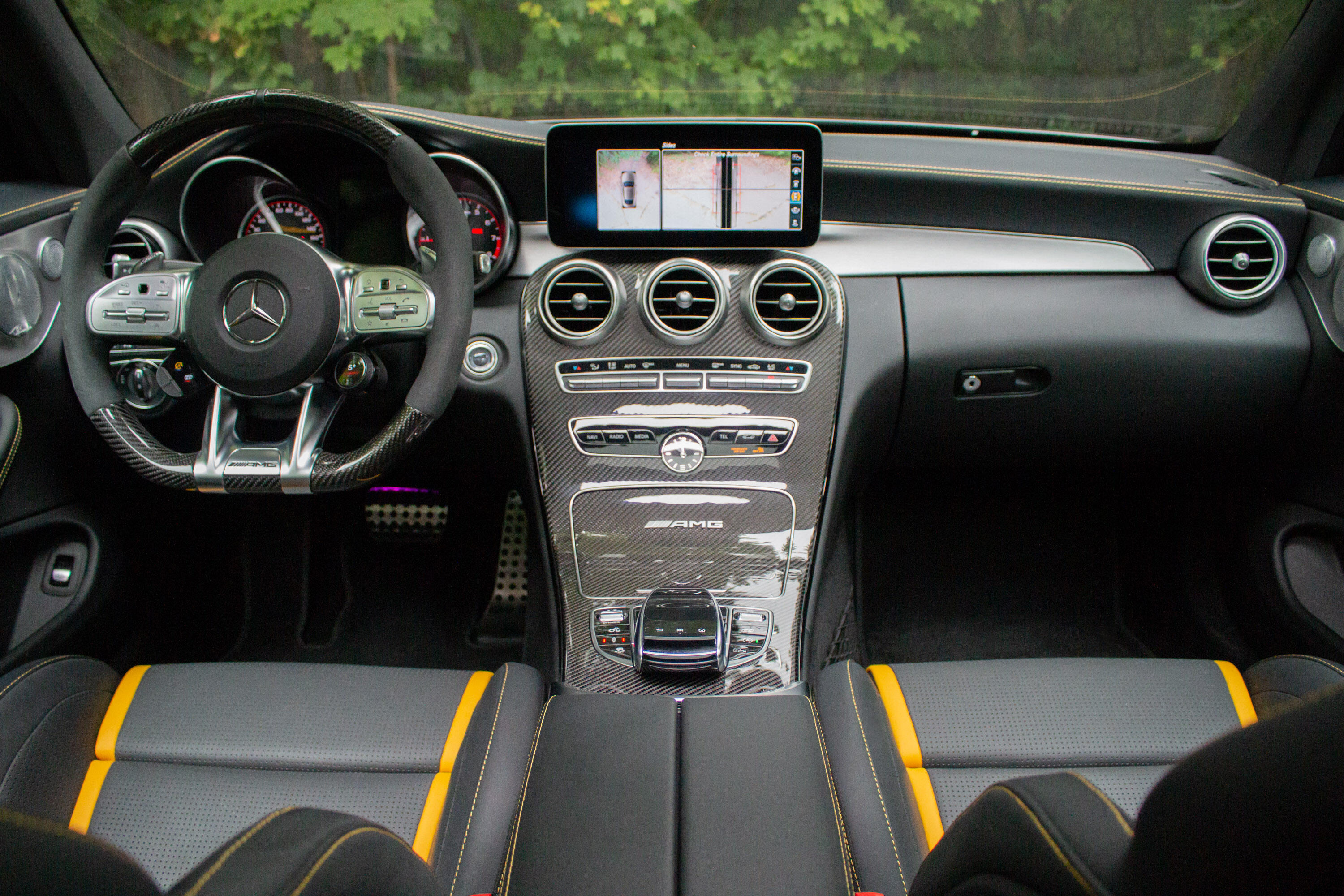 2020-mercedes-amg-c63-s-coupe-10