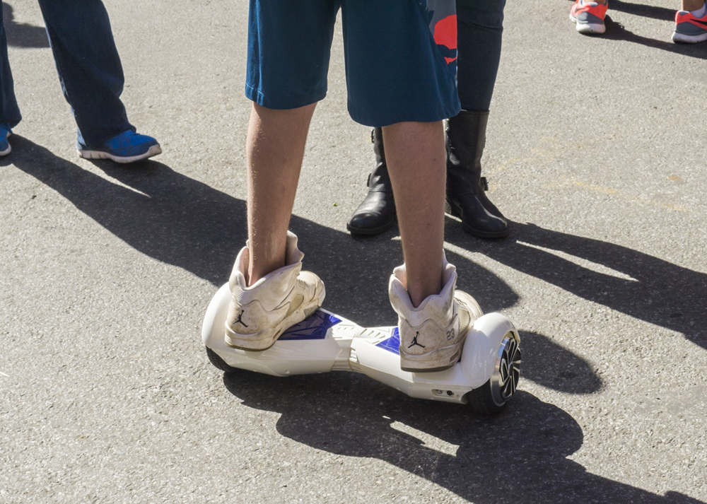 hoverboard-self-balancing-scooter.jpg