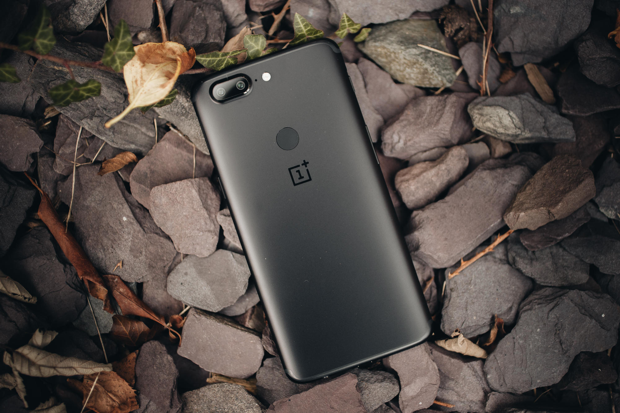 oneplus-5t-product-5