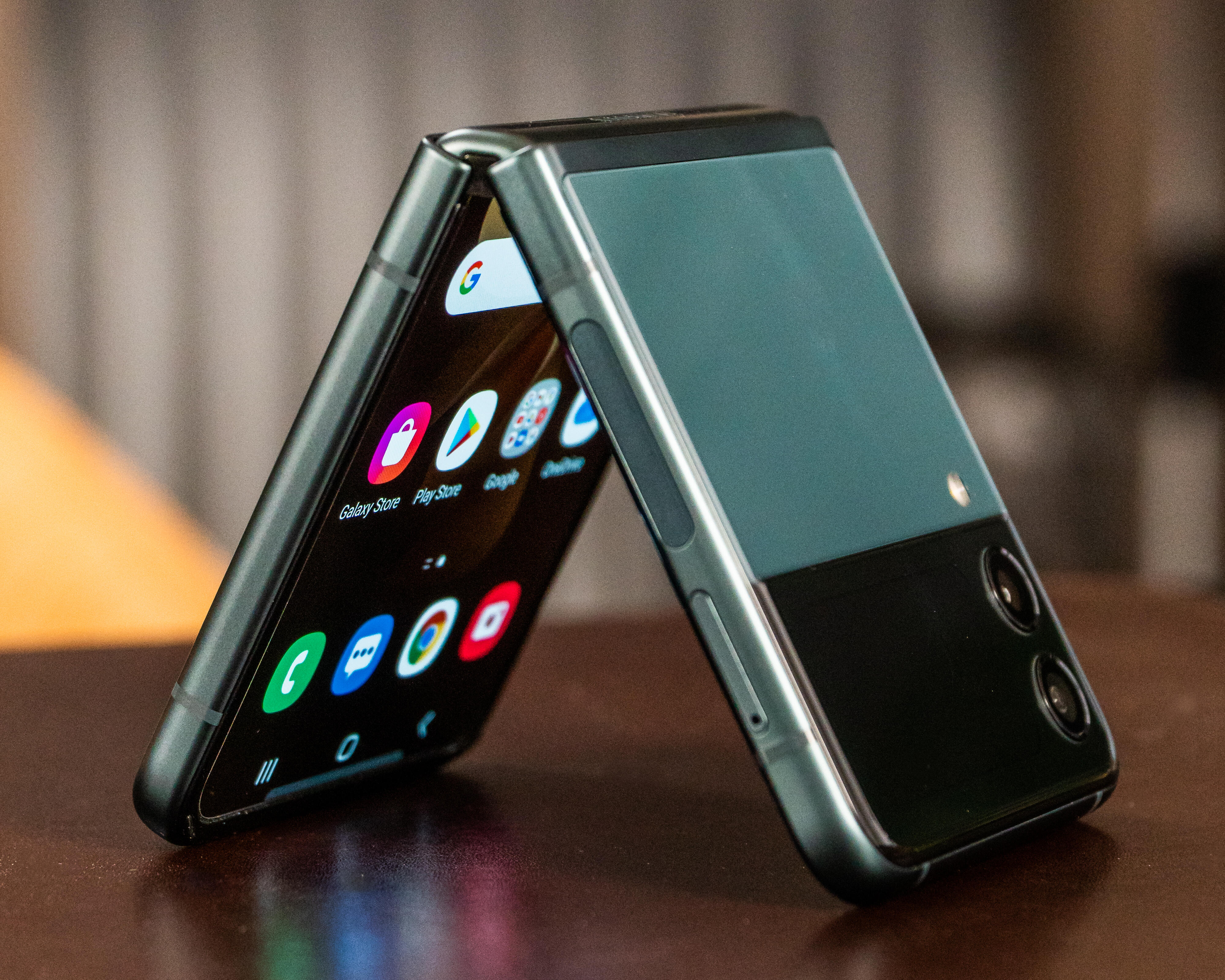 <p>The new Galaxy Z Flip 3 gets a larger cover screen and a new stylish two-tone look.</p>