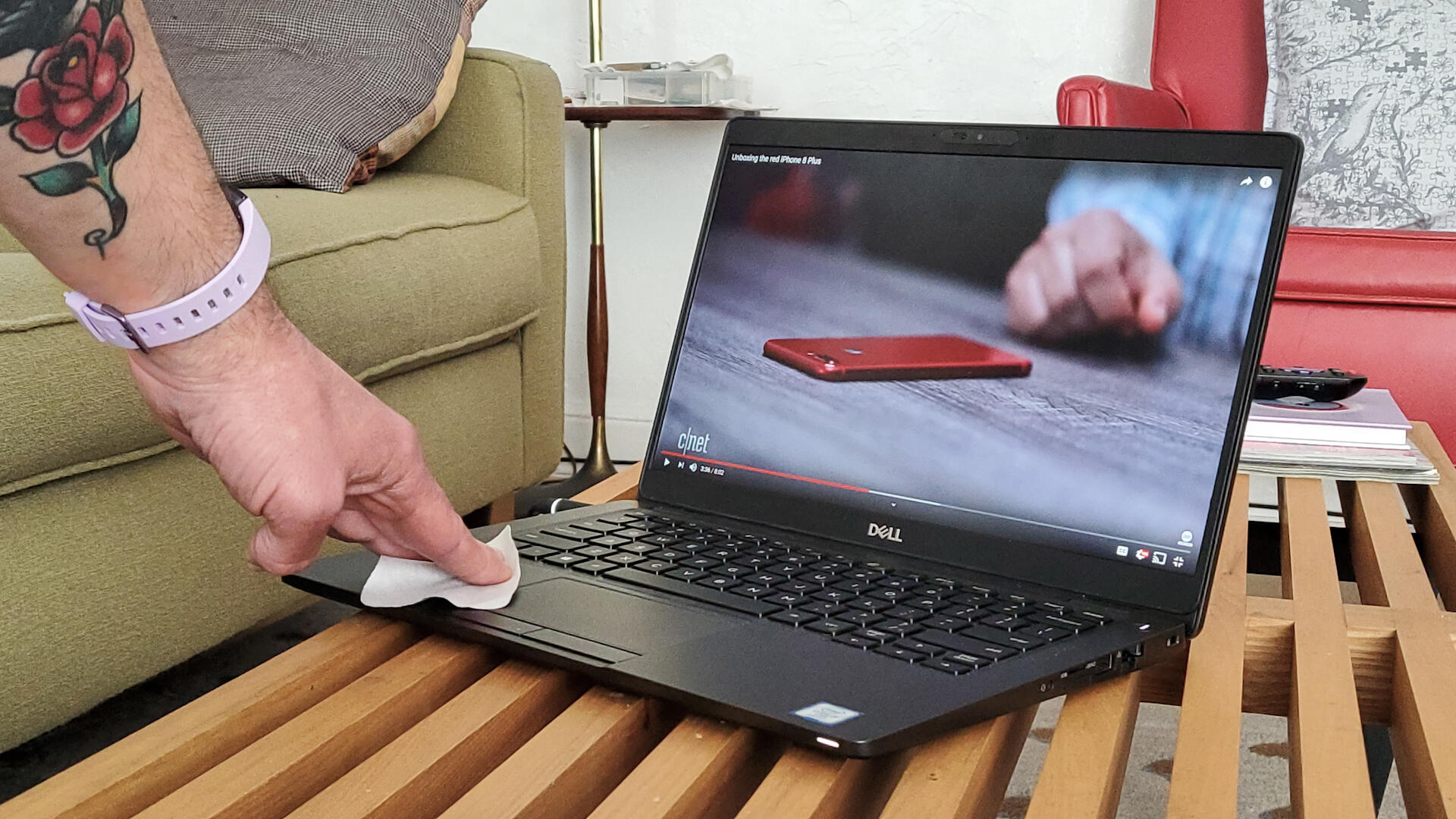 Video: How to clean your laptop