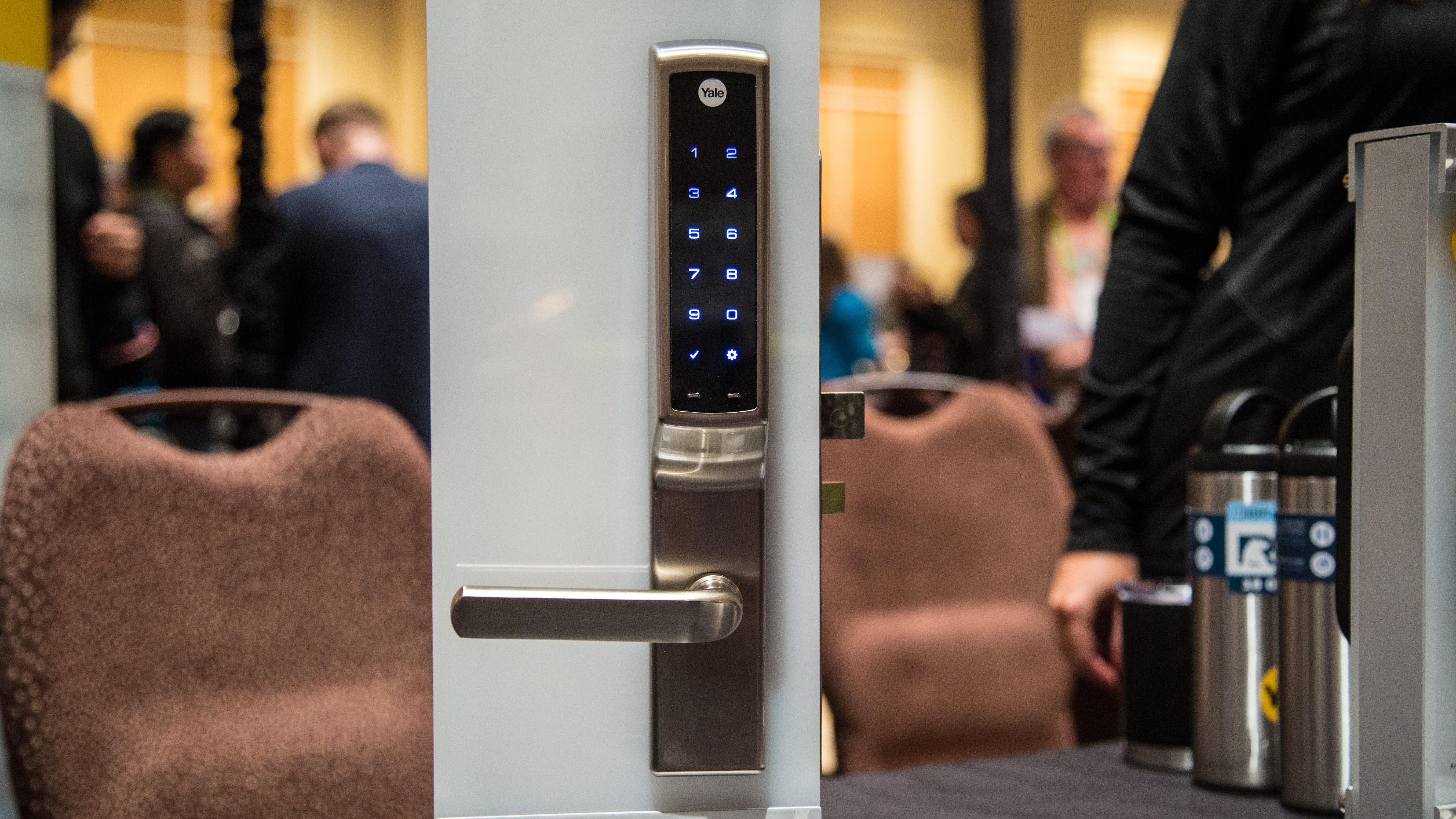 yale s nest compatible lock is finally