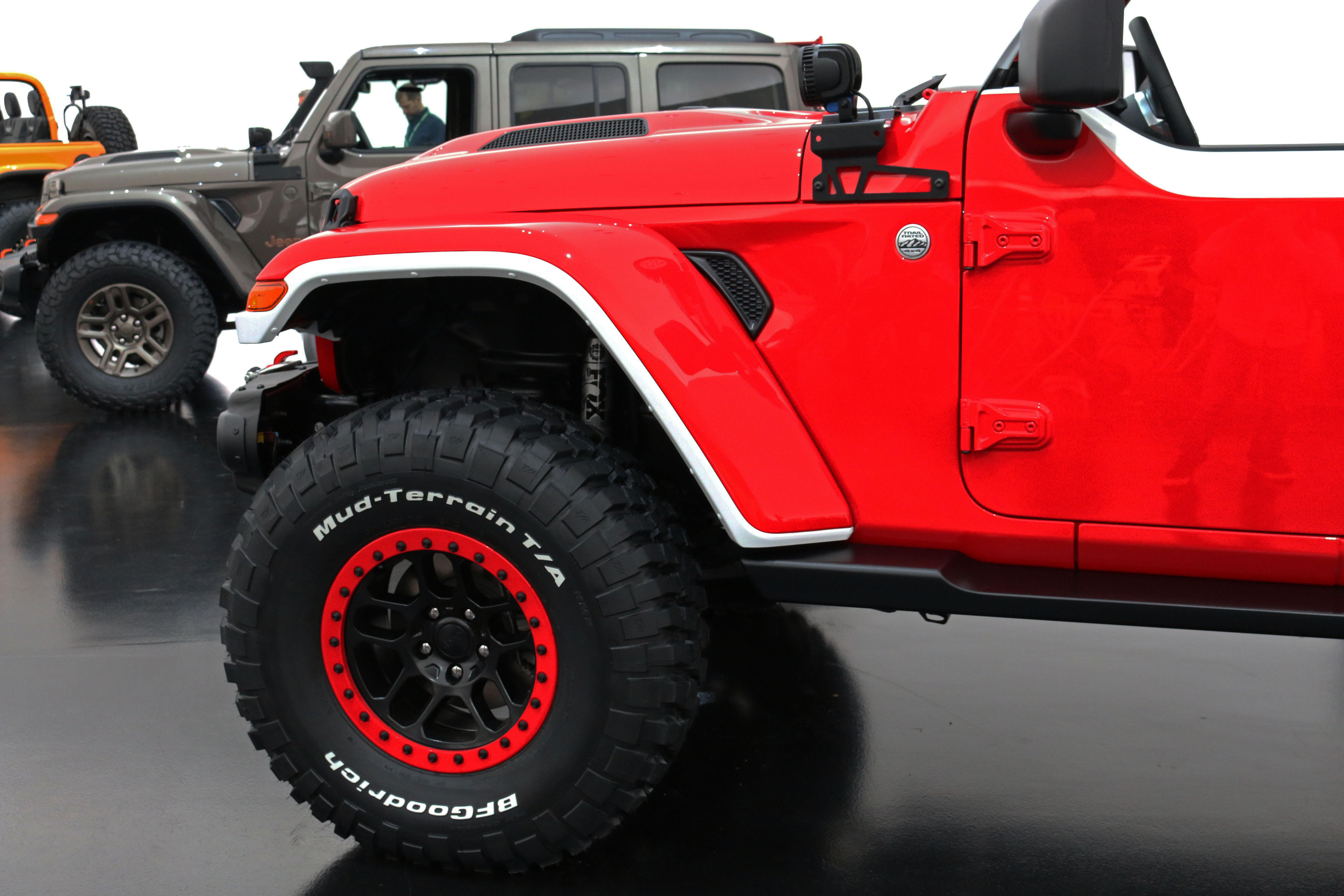 jeep-jeepster-concept-33