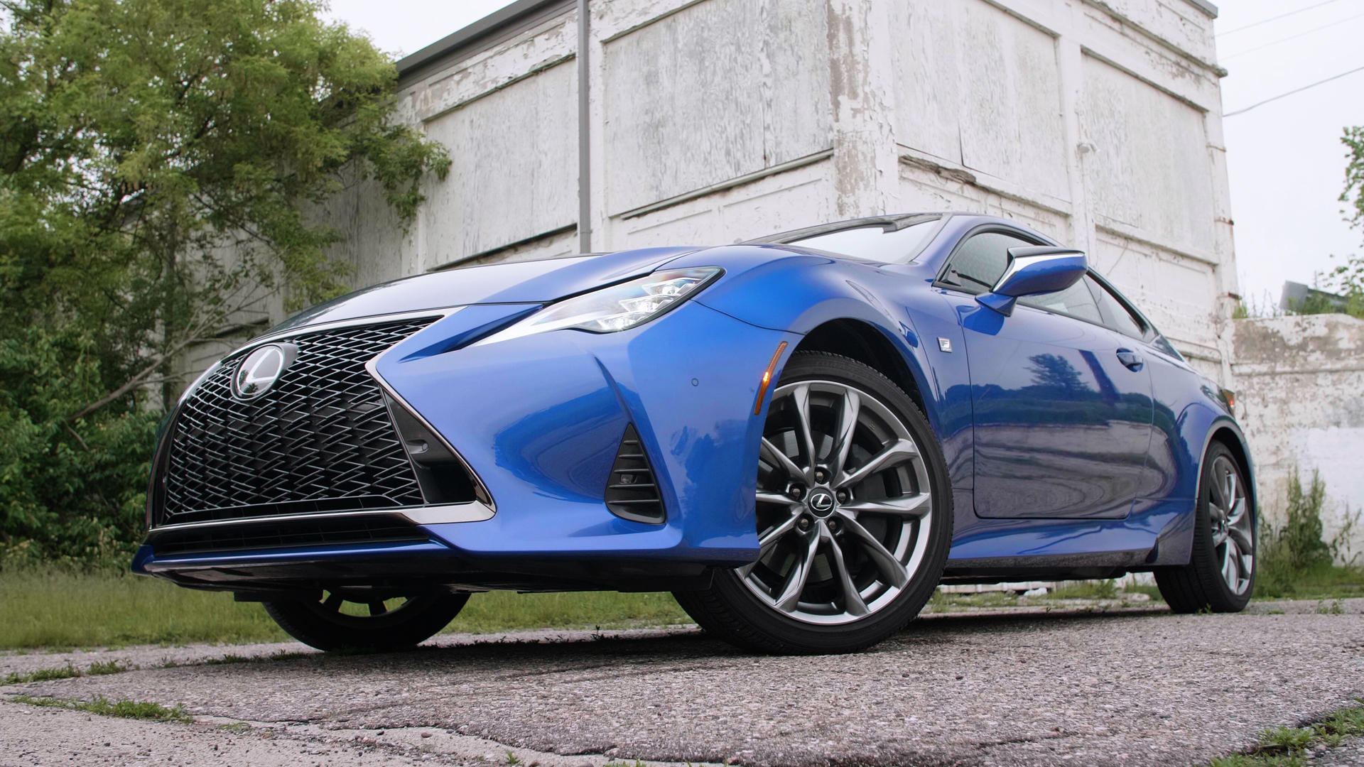 Video: 5 things you need to know about the 2019 Lexus RC 350