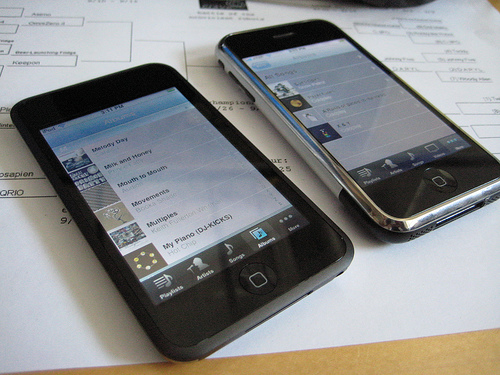 Photo of Apple iPhone and iPod Touch.