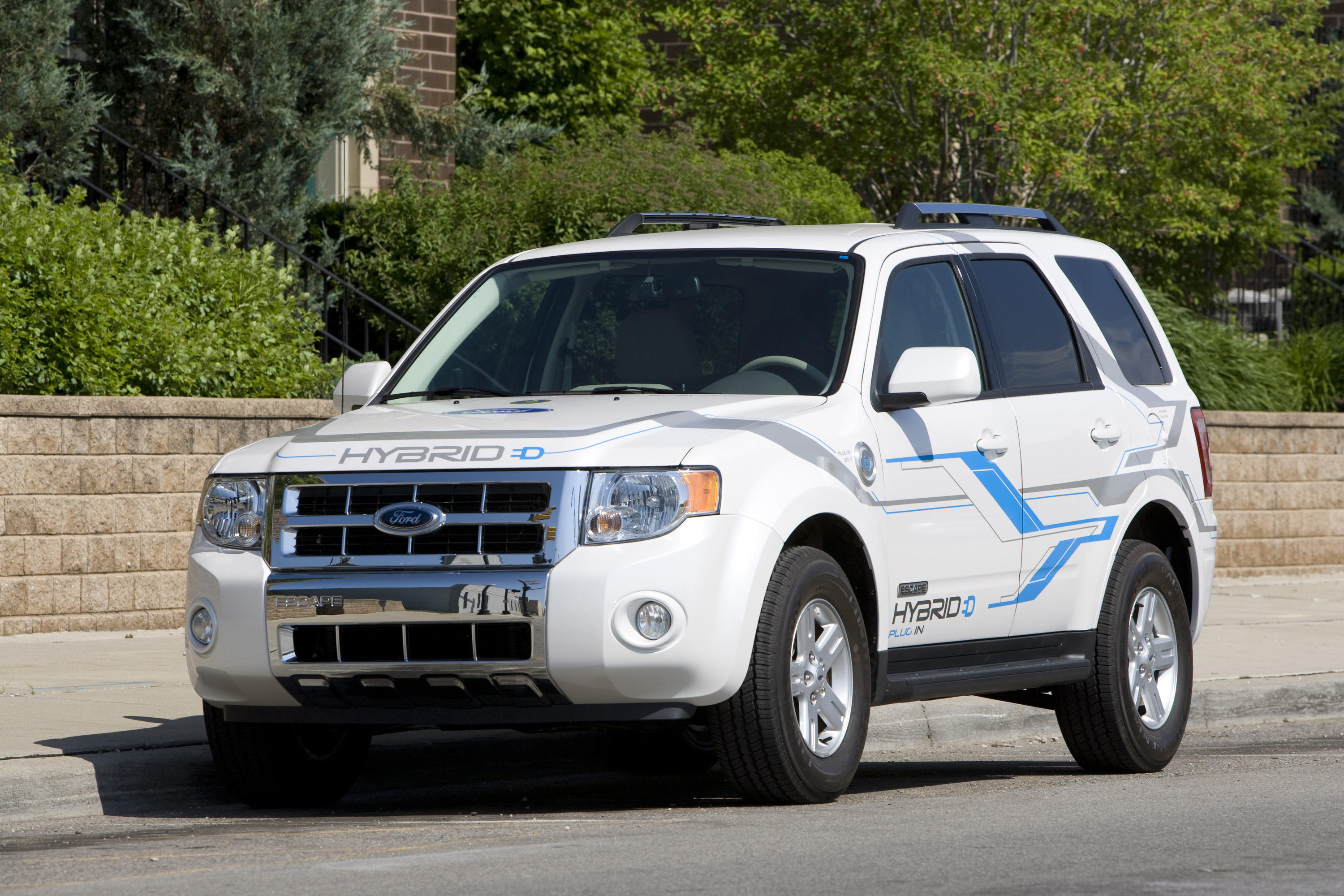 2008-ford-escape-plug-in-hybrid-exterior-2