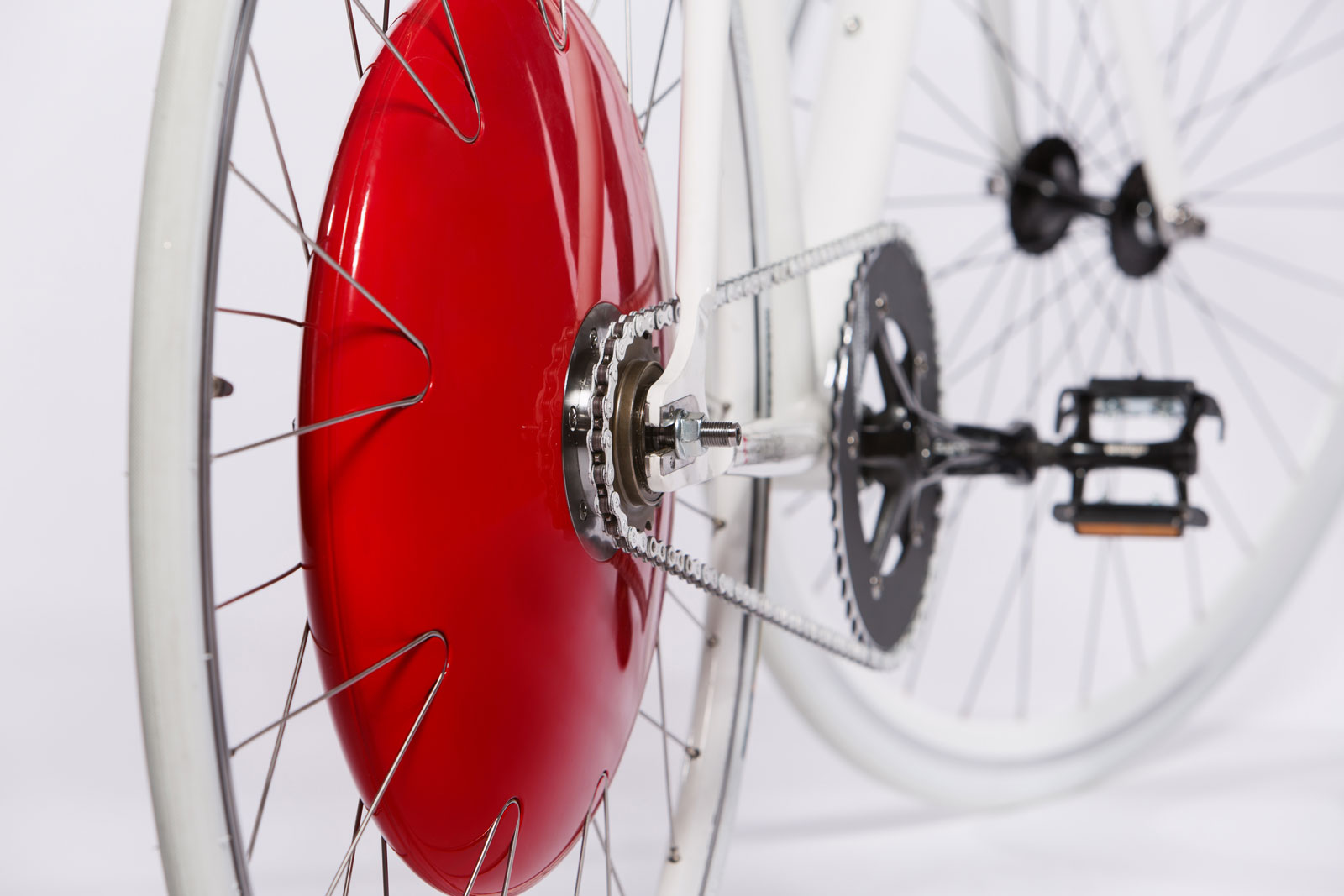 The Copenhagen Wheel from Superpedestrian gives a battery-powered assist to cyclists going uphill and recharges its battery when they're descending or braking.