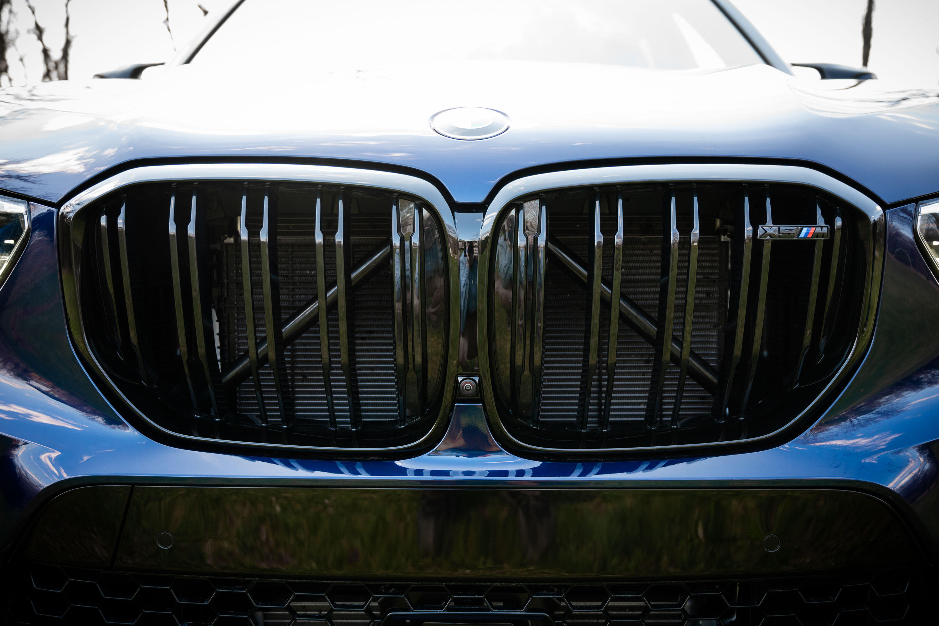 2020-bmw-x5-m-competition-08