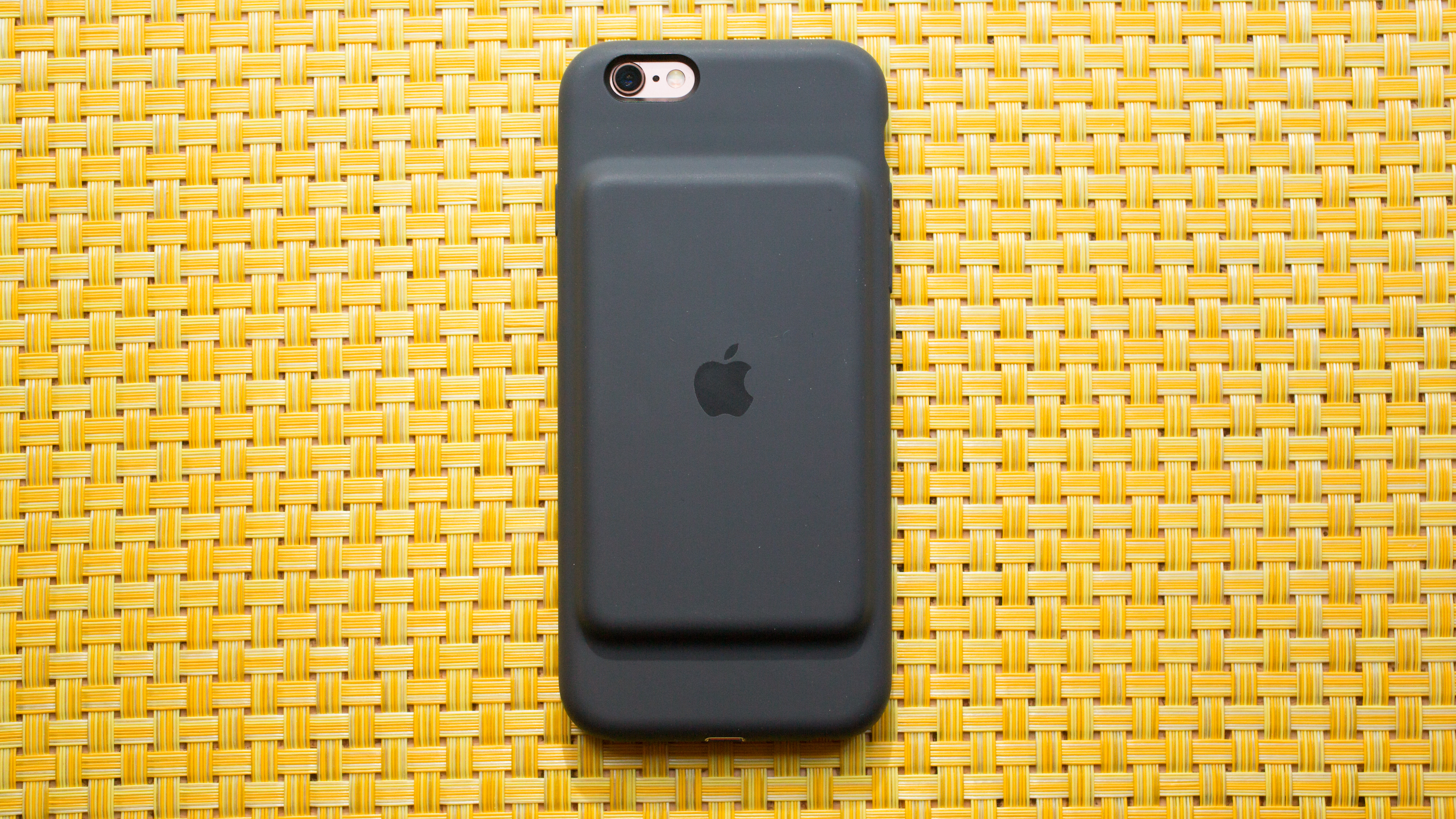 apple-smart-battery-case-for-iphone-6-and-6s-02.jpg