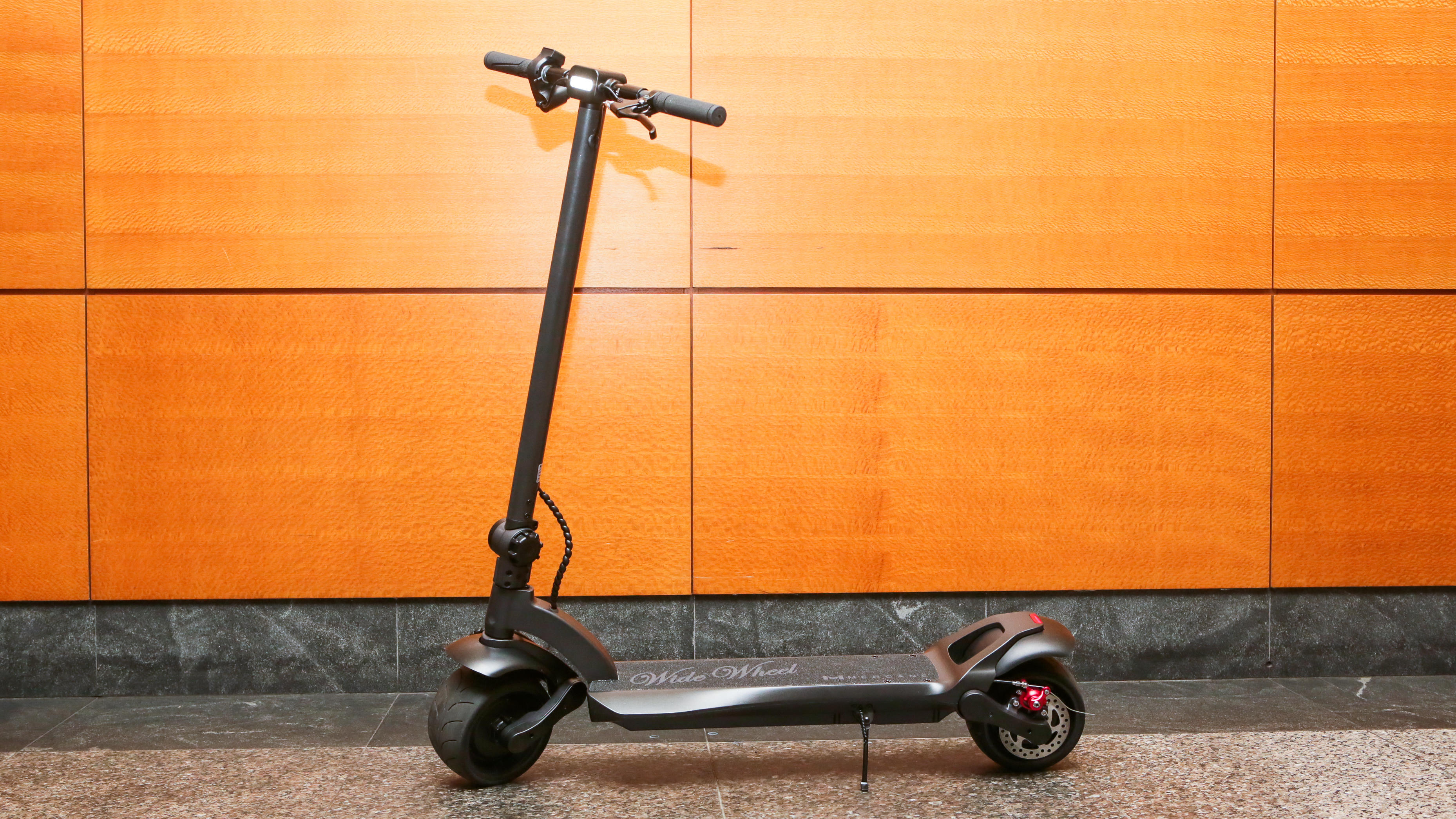 01 mercane wide wheel scooter | Best electric scooter for summer 2021 - Roadshow | The Paradise