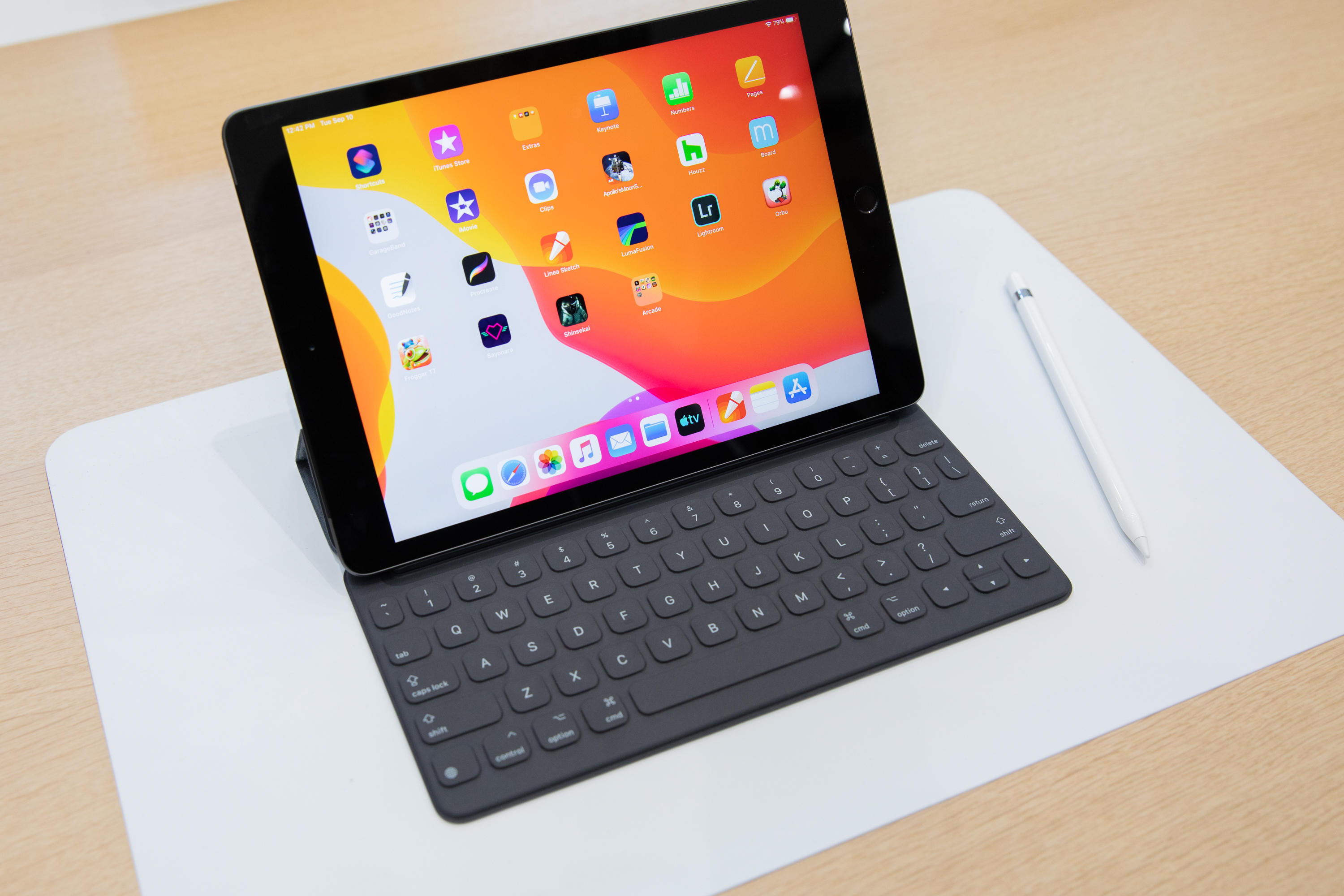 The entry-level $329 iPad now can be used with an Apple keyboard.