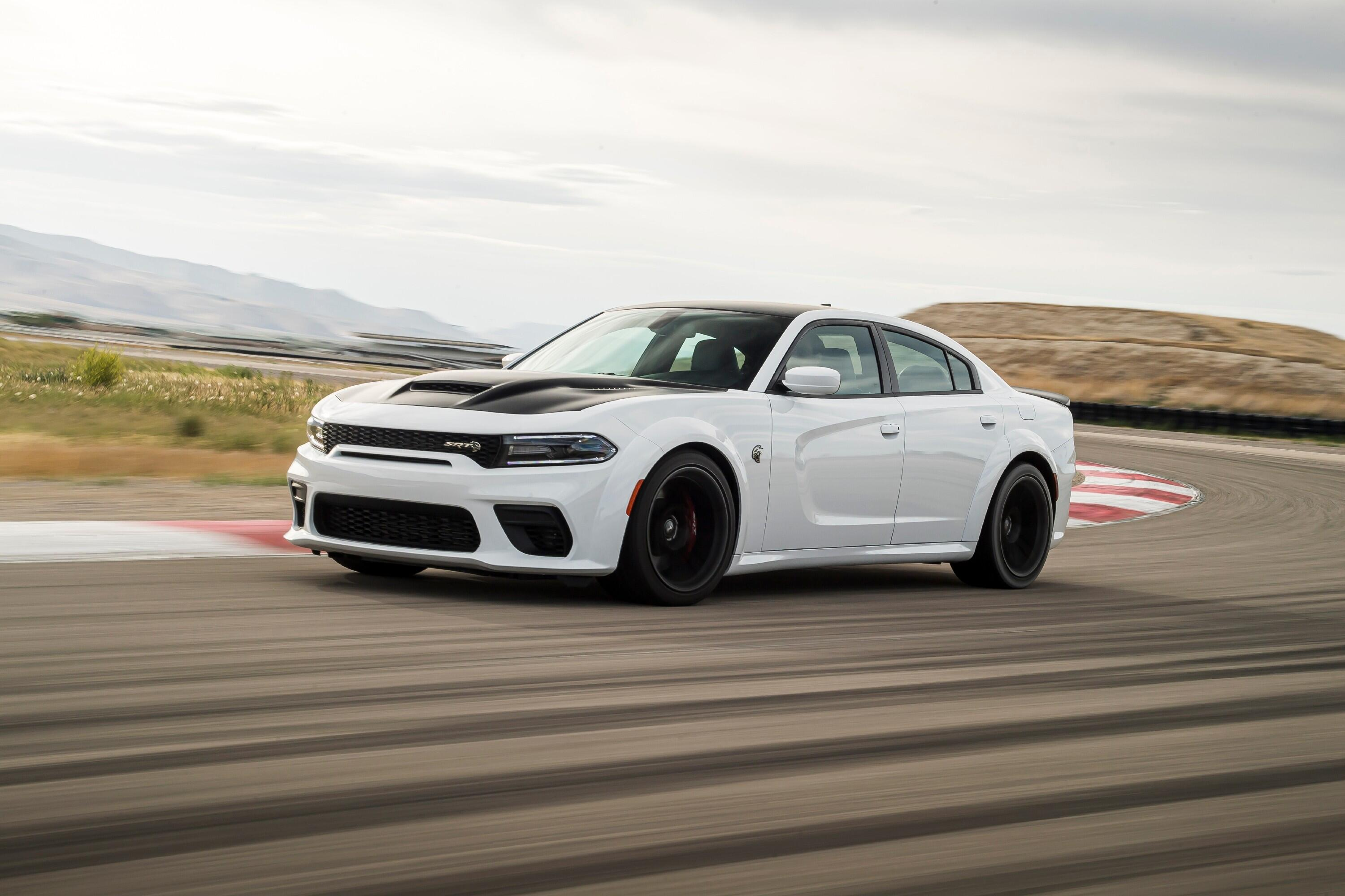 2021-dodge-charger-redeye-008