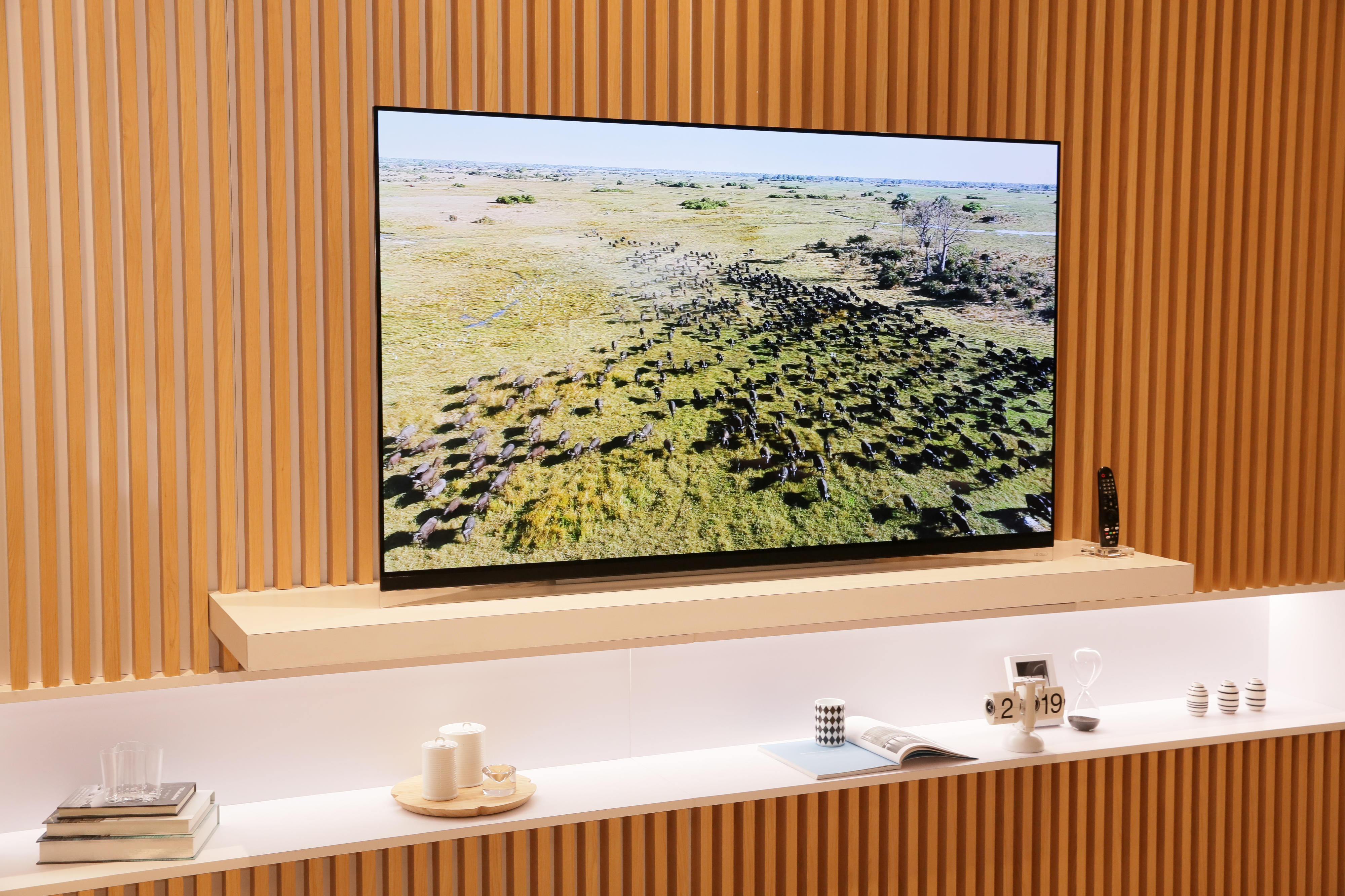45-lg-booth-tvs-ces2019