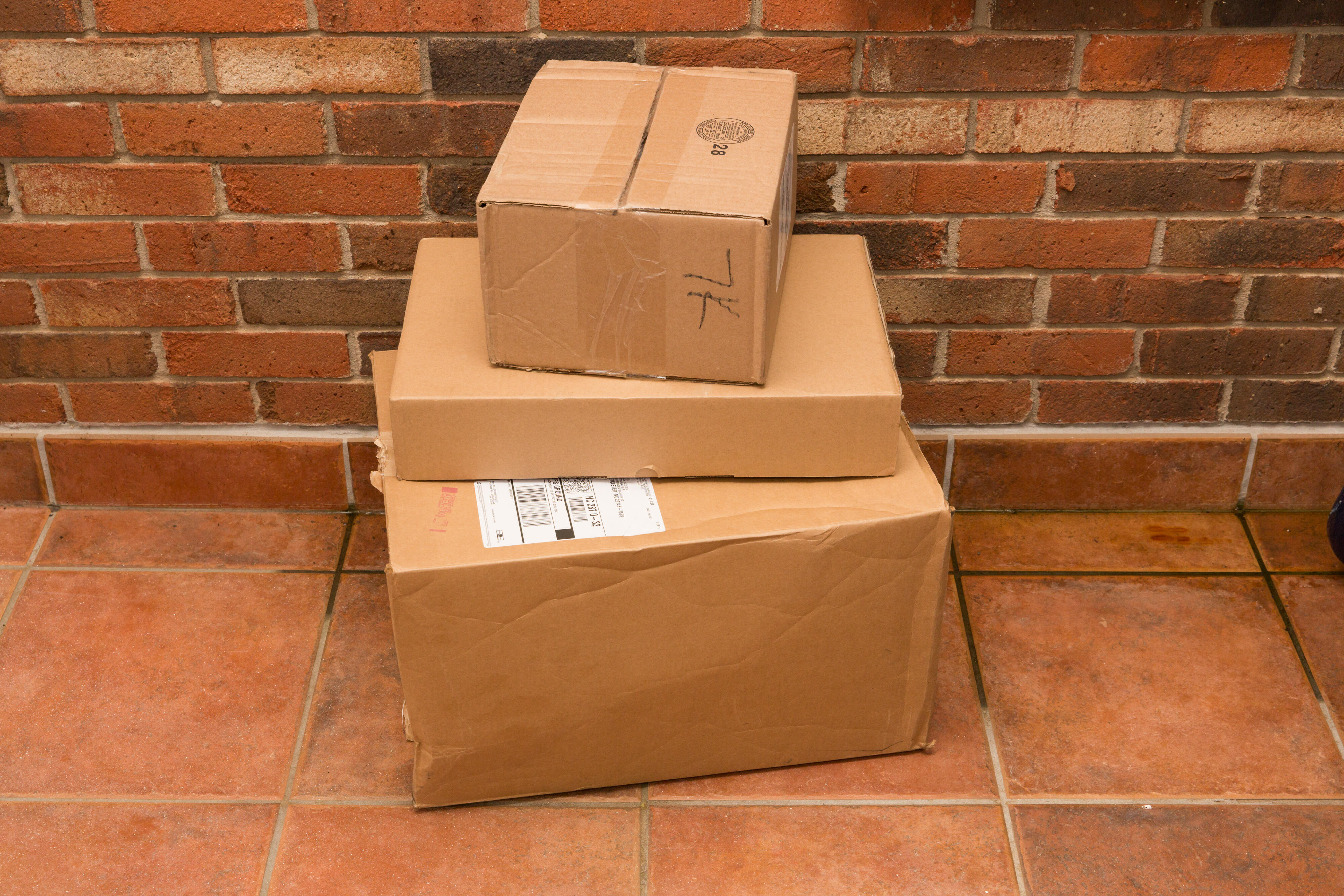 25-mail-packages-usps-fedex-amazon-ups-doorstep-mailbox-letters-shipping-coronavirus-sta-at-home-2020-cnet