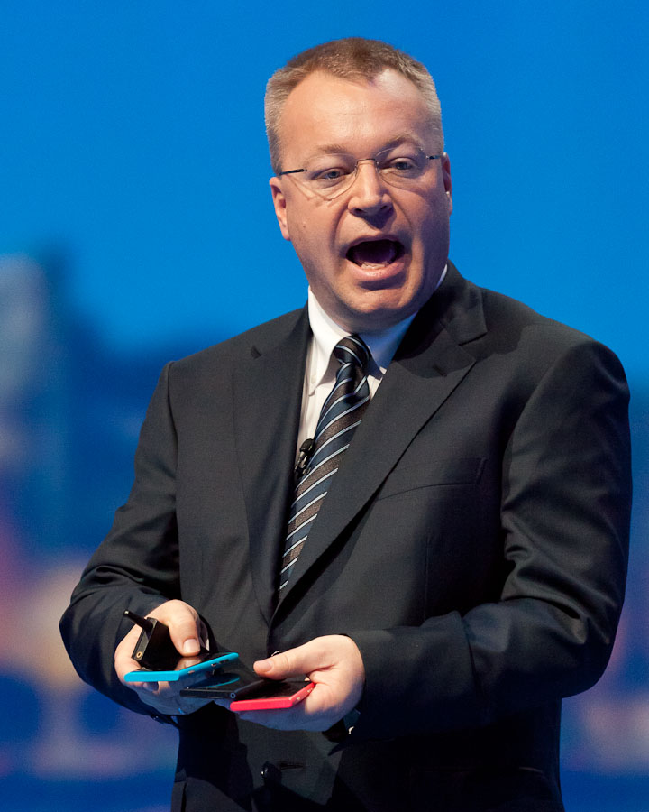 Nokia CEO Stephen Elop shows off the new flagship Lumia 800 Windows Phone model.