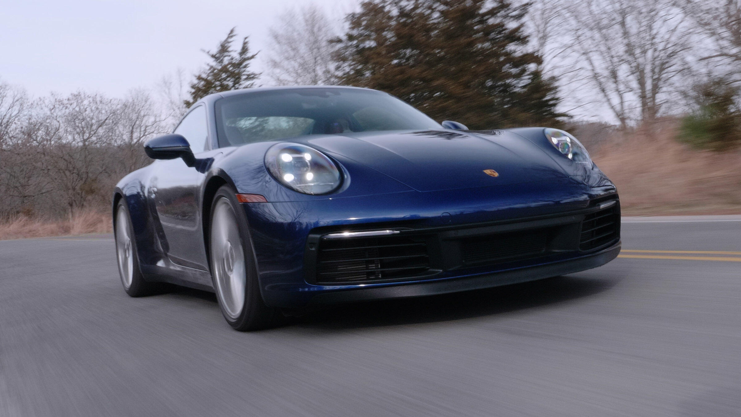 Video: 2020 Porsche 911 Carrera 4S gives serious performance