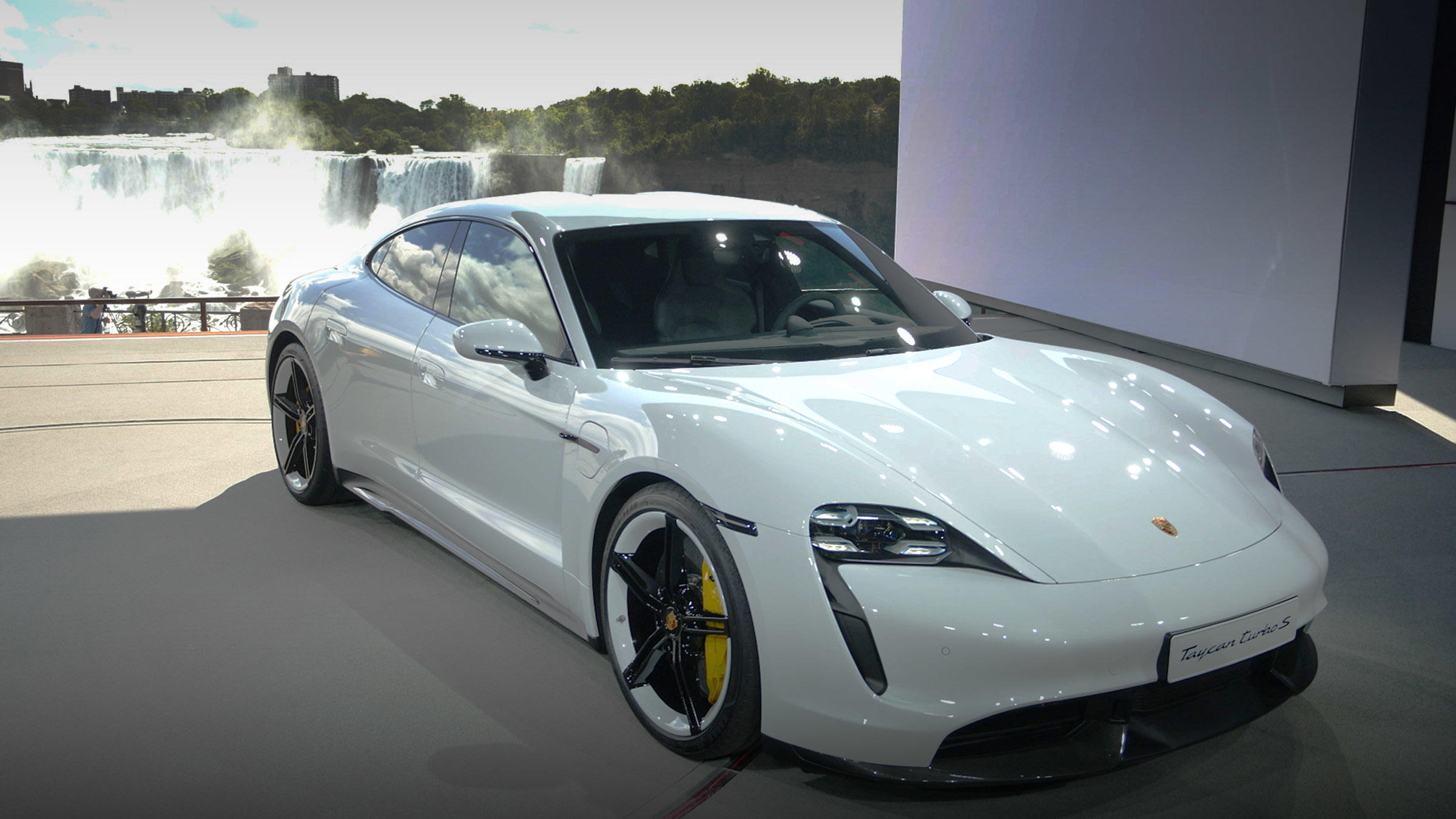 Video: 2020 Porsche Taycan is ready to tackle Tesla