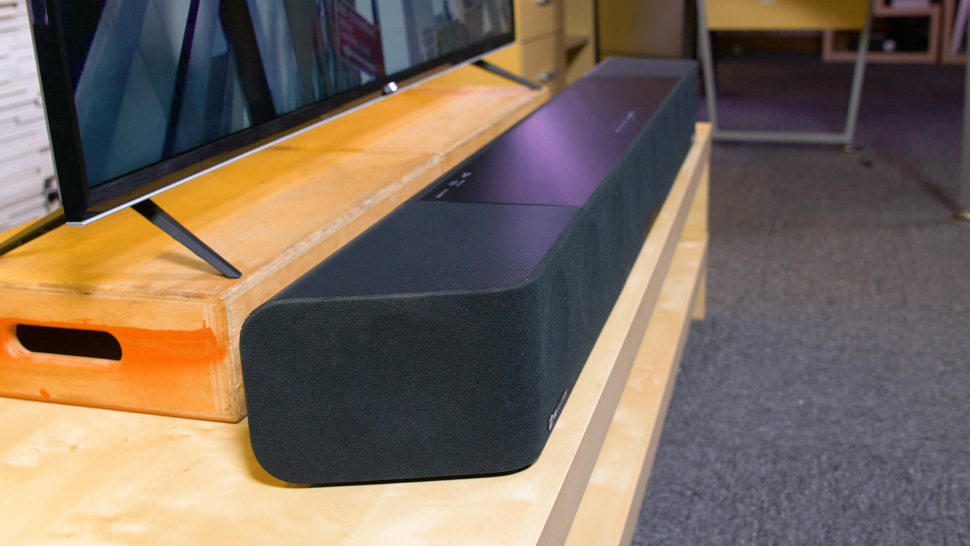 Video: Sennheiser Ambeo Soundbar has the best Atmos sound from a single box