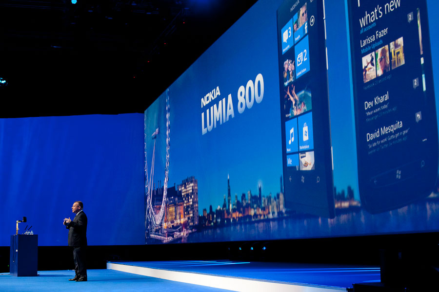 Elop and Lumia 800