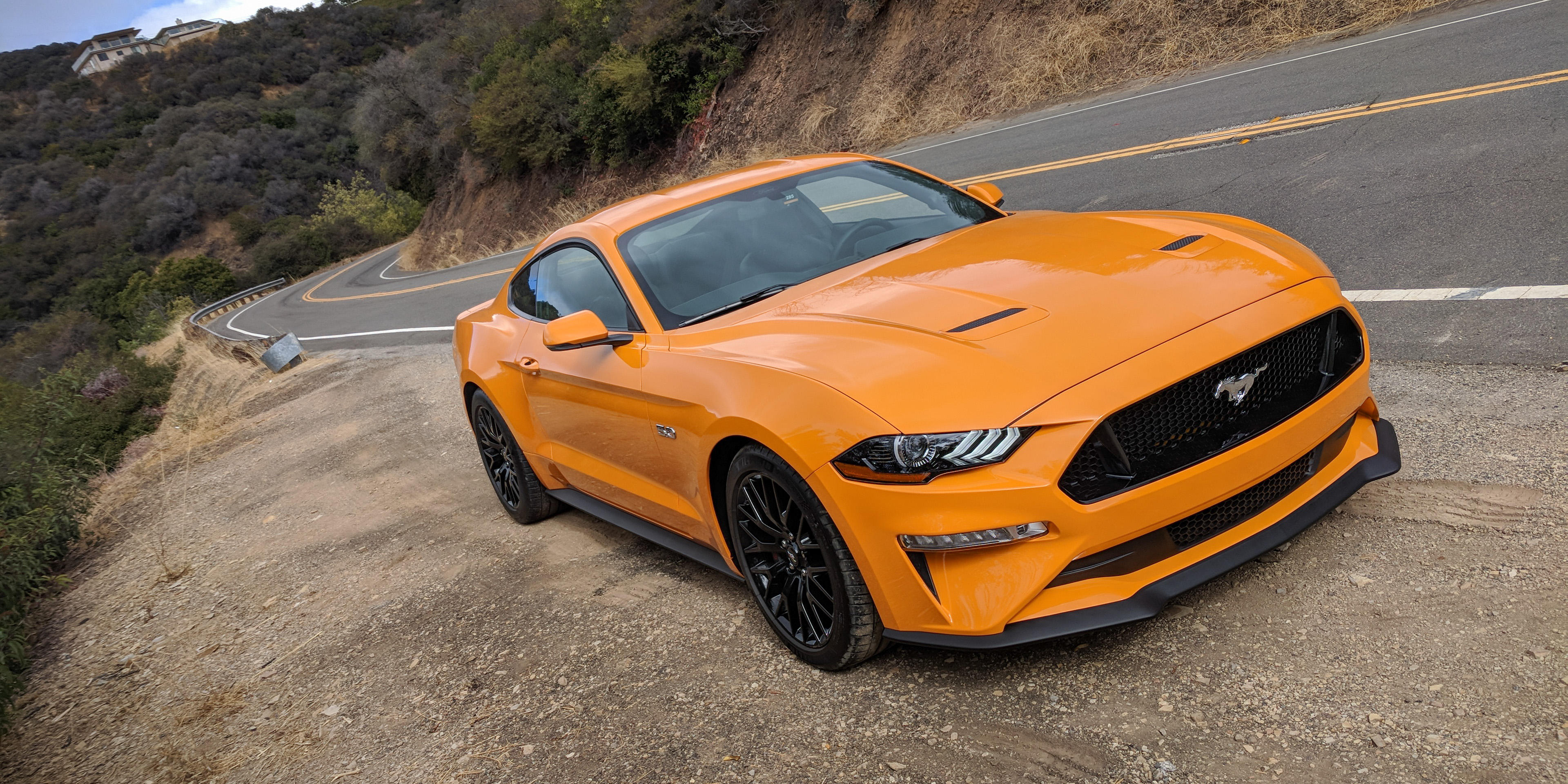 ford-mustang-GT_2018-120620