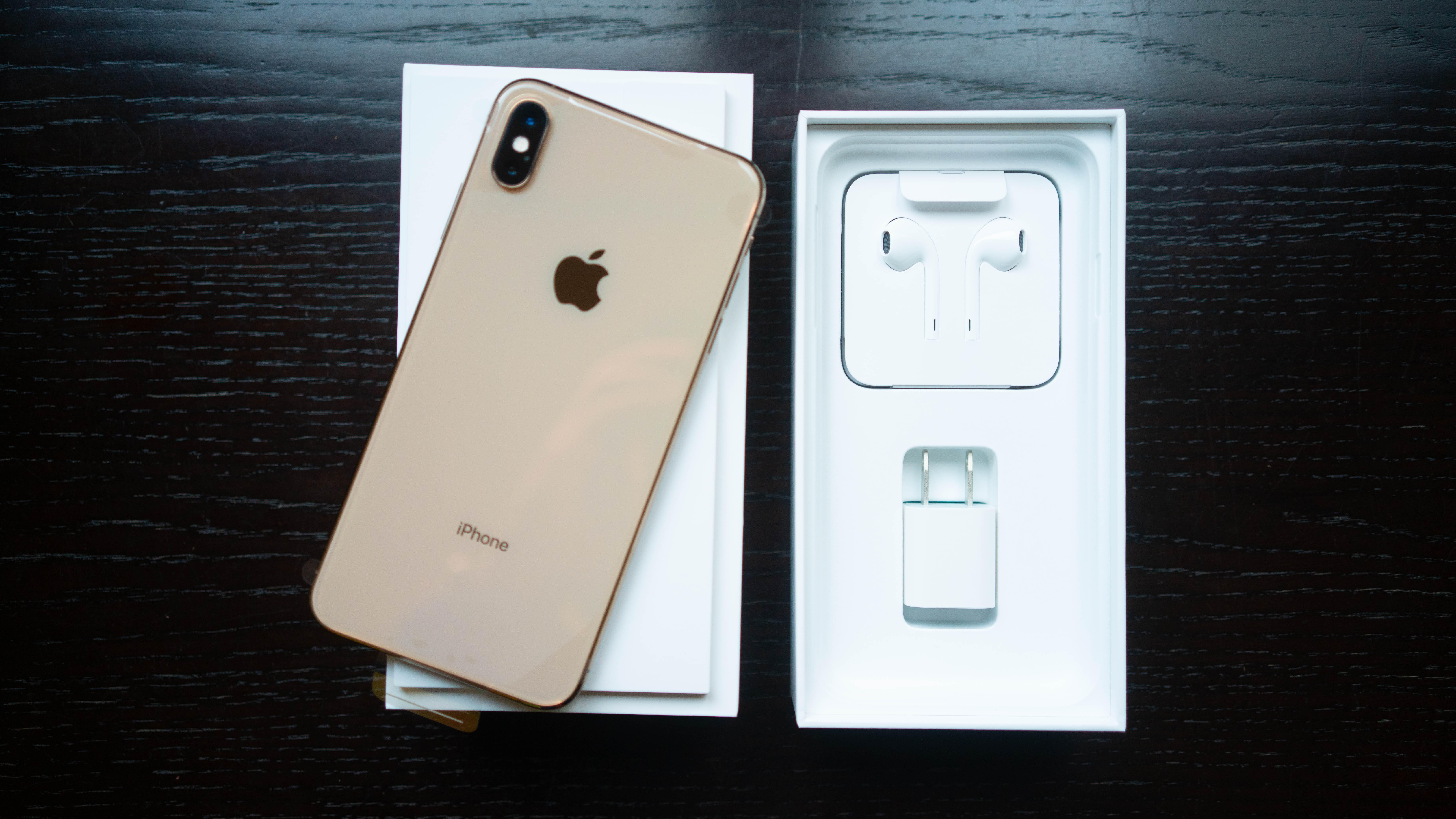 iphone-xs-max-unboxing-9