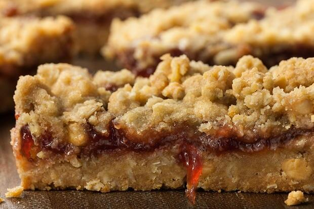 peanut-butter-jelly-bars-recipe-chowhound