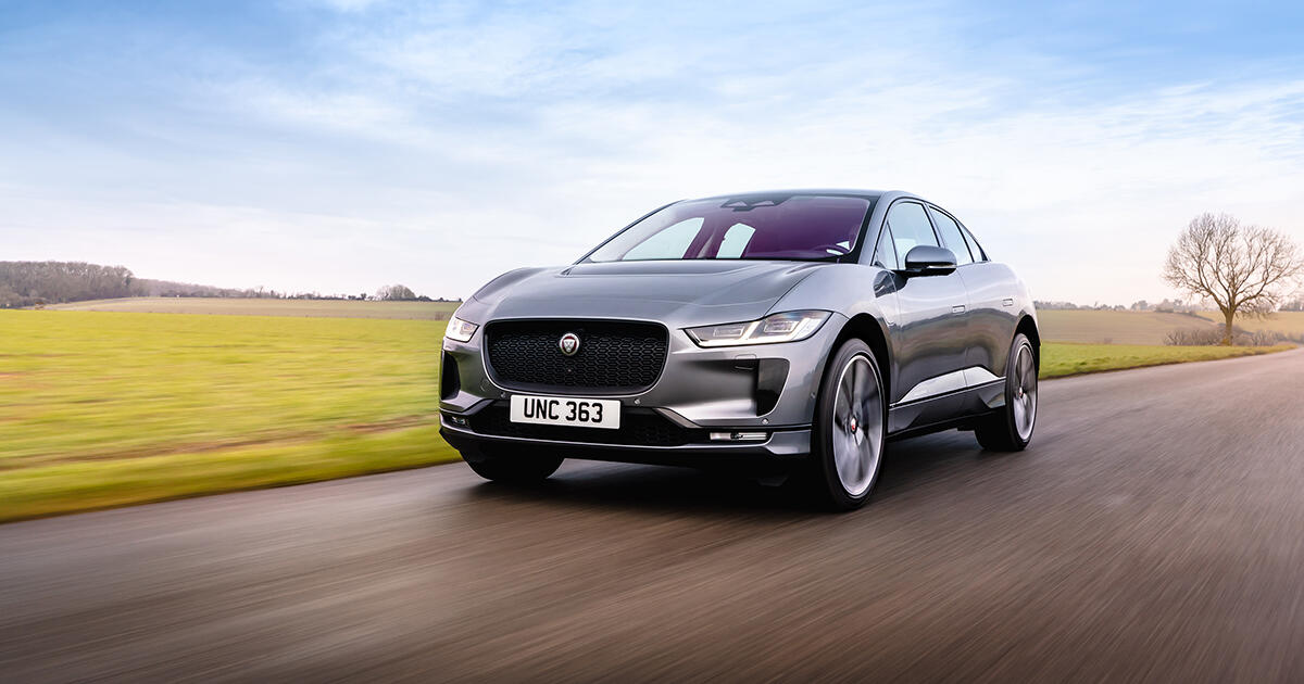 Jaguar I-Pace 2022 Luxury Electric Vehicle Gets Faster Charging and a More Agile Infotainment System