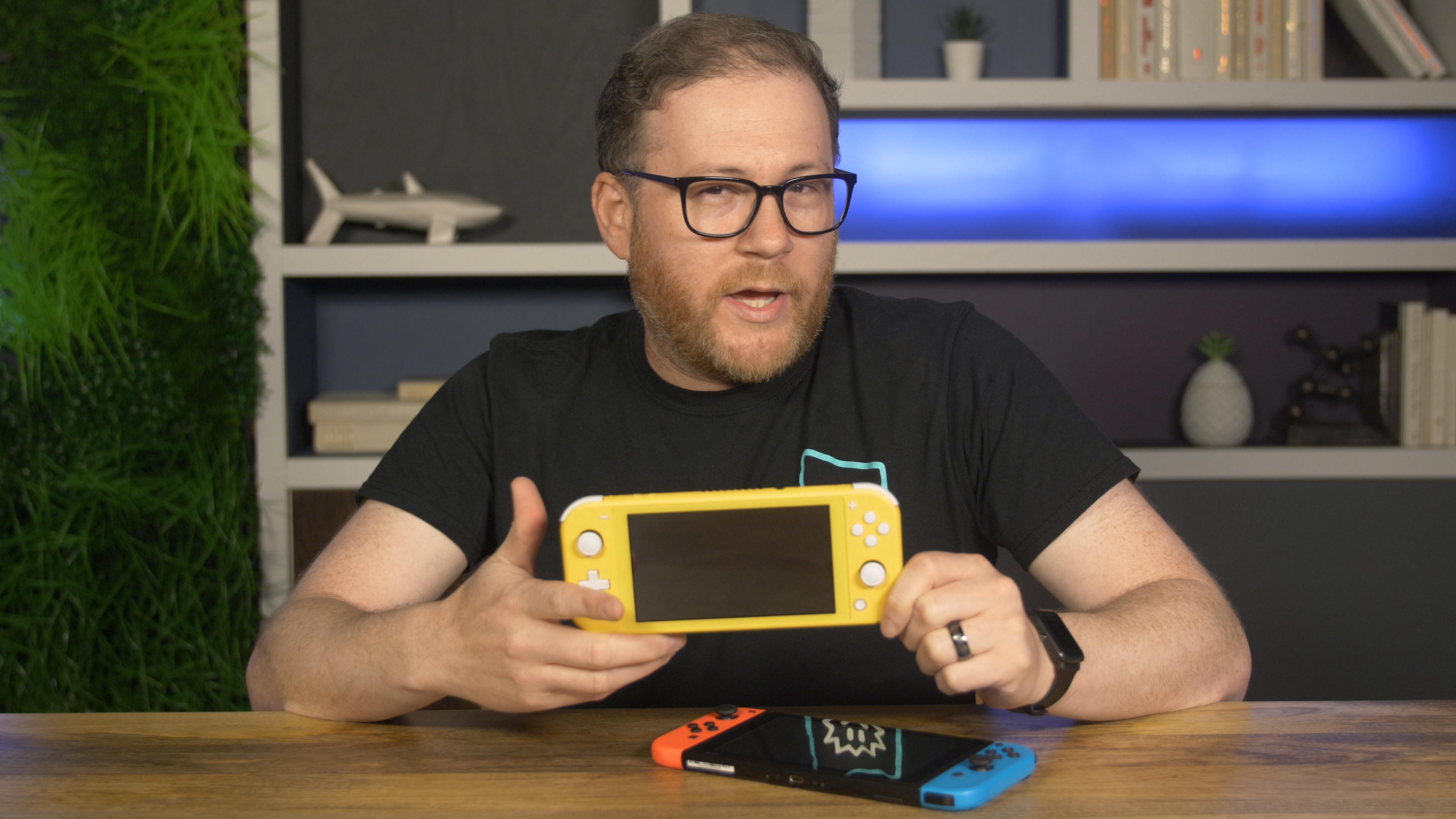 Video: The only reason to get a Switch Lite