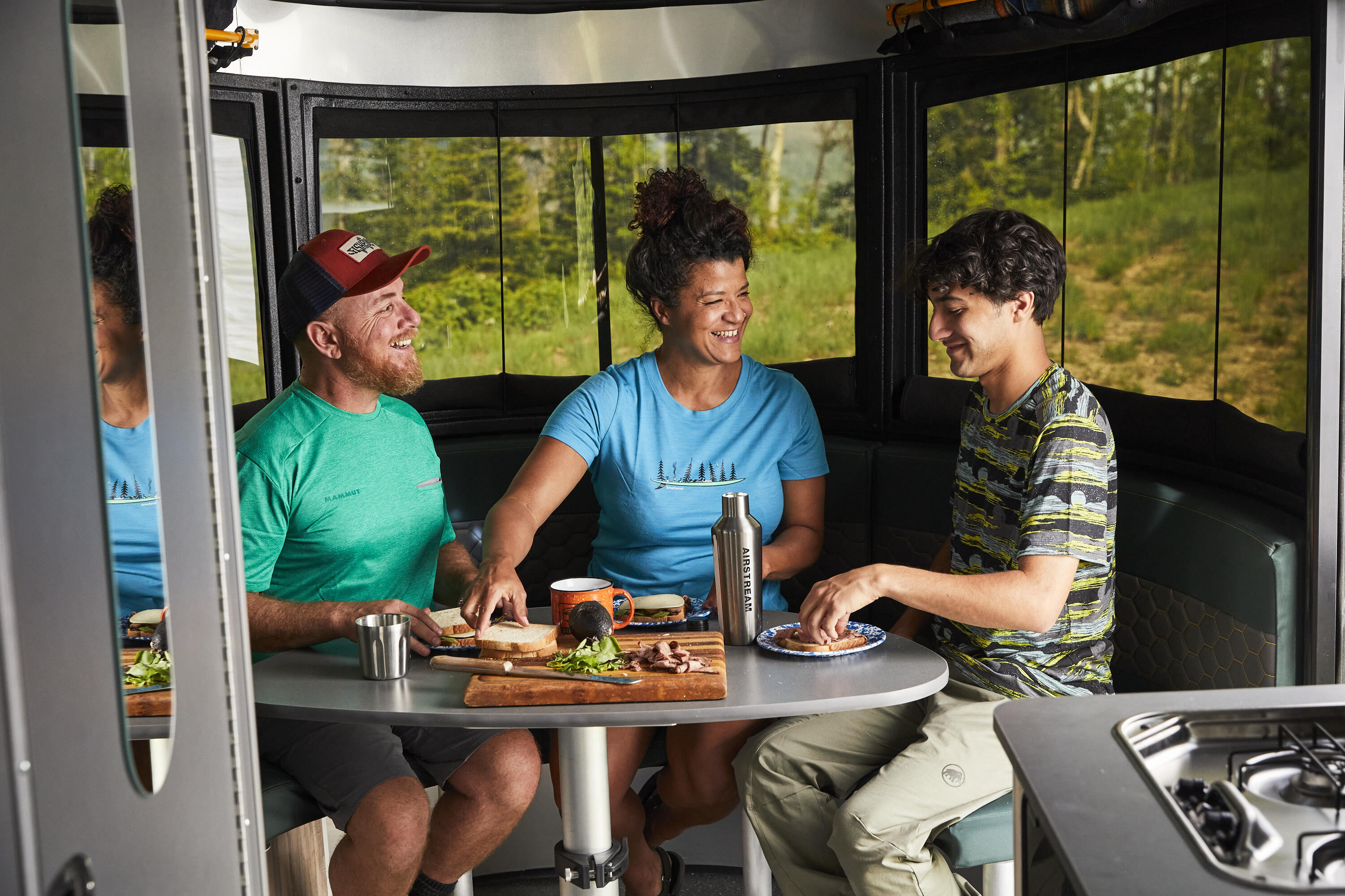 20-06-20-airstream-steamboat-dl-575