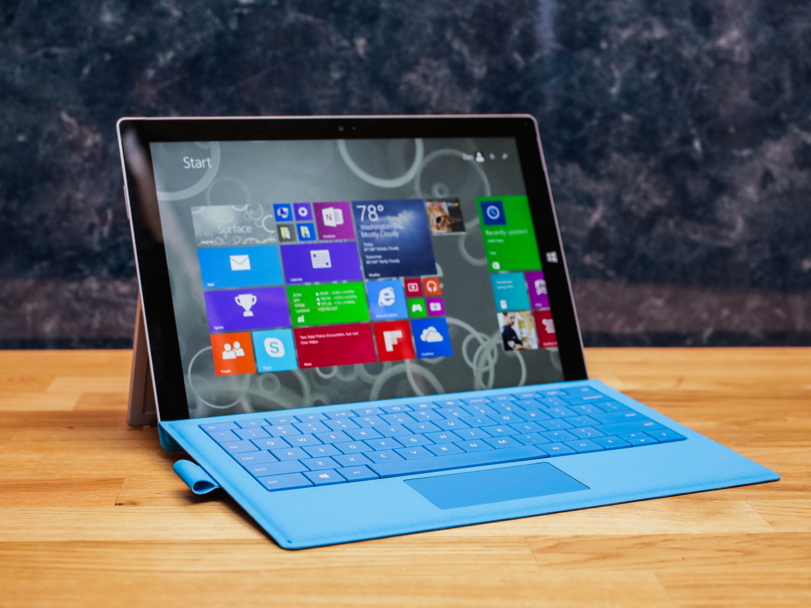 """<p>No one enjoys change. Moving from an earlier version of Windows to&nbsp;<a href=""""http://www.cnet.com/products/microsoft-windows-8-1/"""">Windows 8.1</a> can be difficult, but it has to be done. Mainstream support for Windows 7 is&nbsp;<a href=""""http://www.cnet.com/news/microsoft-warns-support-ending-for-popular-windows-products/?tag=mncol;txt"""">coming to an end in early 2015</a>, and Microsoft is hoping to migrate existing users to its newest operating system.</p><p>Still need to upgrade to Windows 8.1 from an earlier version? Read&nbsp;<a href=""""http://www.cnet.com/how-to/how-to-upgrade-to-windows-8-1-from-earlier-versions-of-windows/"""">this guide to learn how to do so</a>. As for those of you who have already made the switch, we've compiled a list of the top tips to help make your Windows 8.1 experience more enjoyable.</p>"""