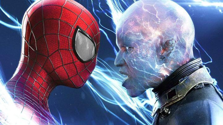 Peter Parker/Spider-Man (Andrew Garfield) left and Electro (Jaime Foxx) right