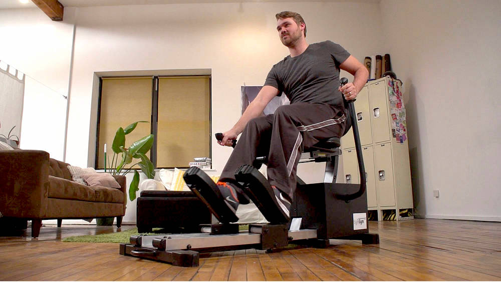 Video: Exercise meets Pac-Man on this workout machine (Tomorrow Daily 401)