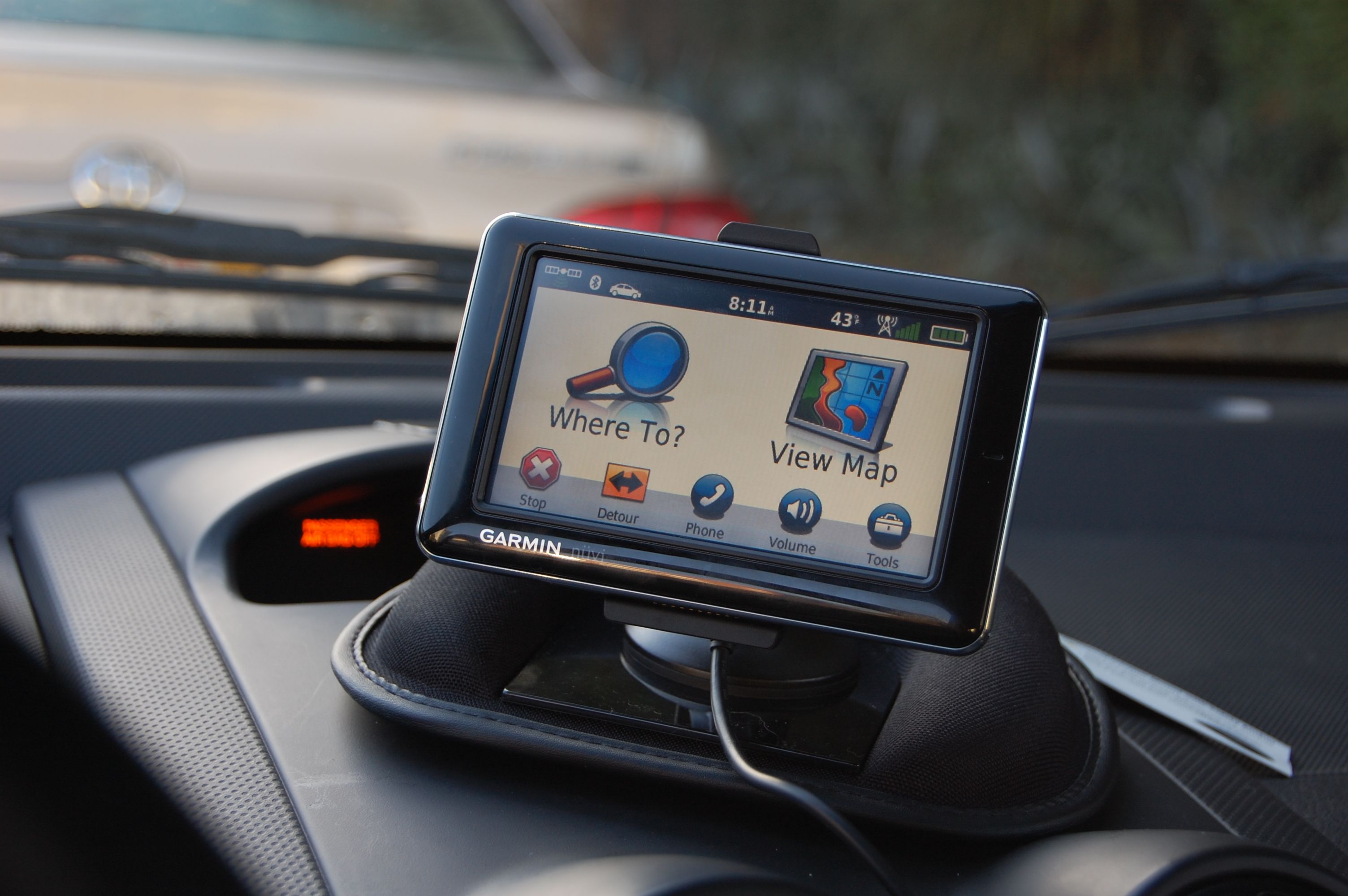 Garmin Nuvi attached to friction mount