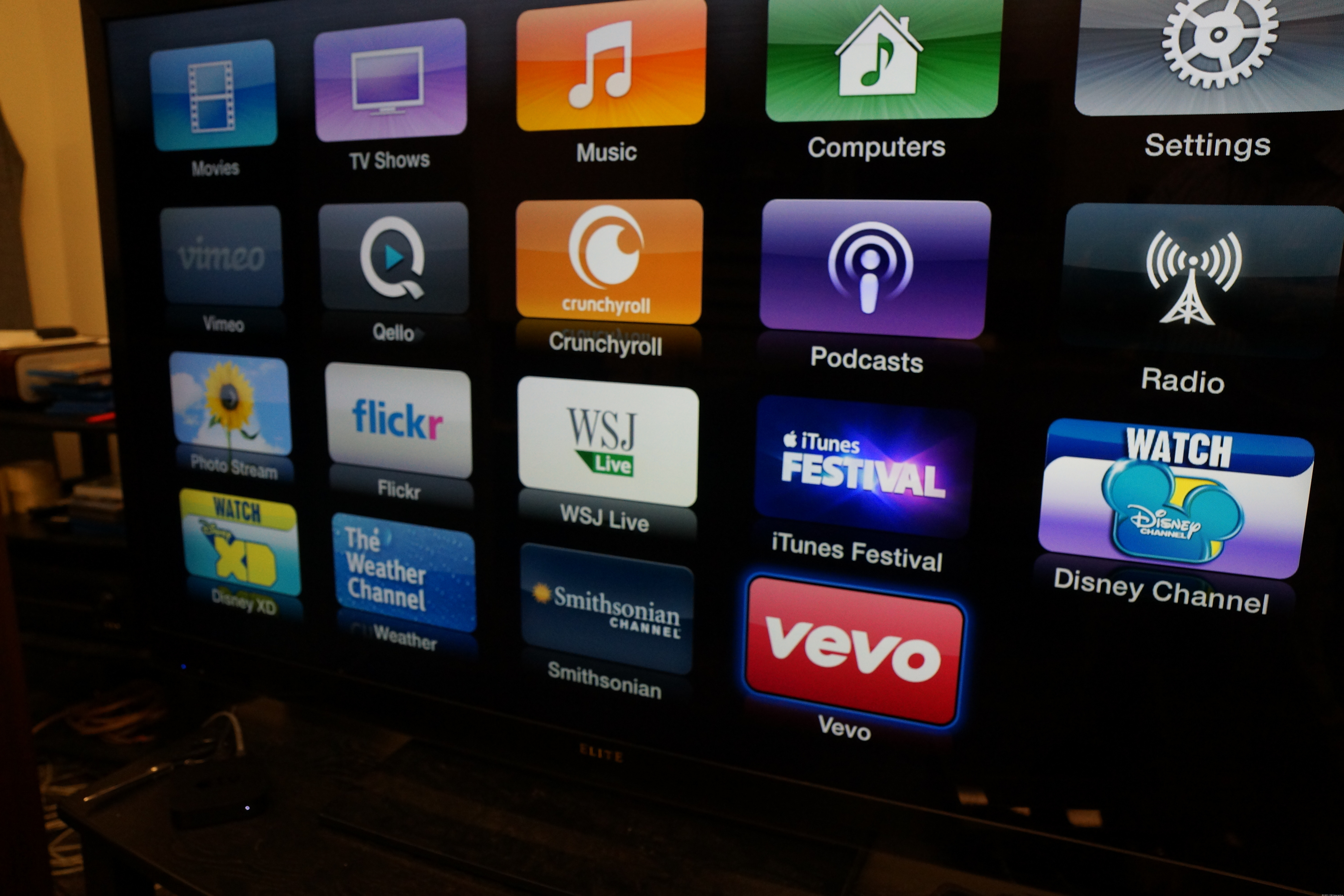 The Apple TV added five new apps this morning.
