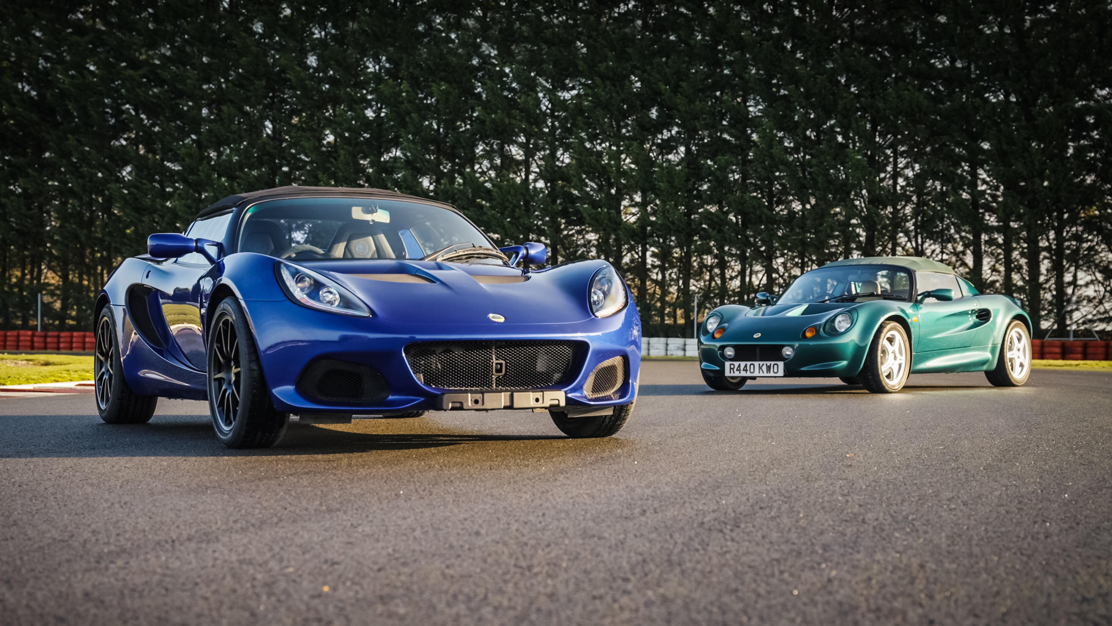 Video: Lotus Elise: Saying goodbye to an iconic British sports car