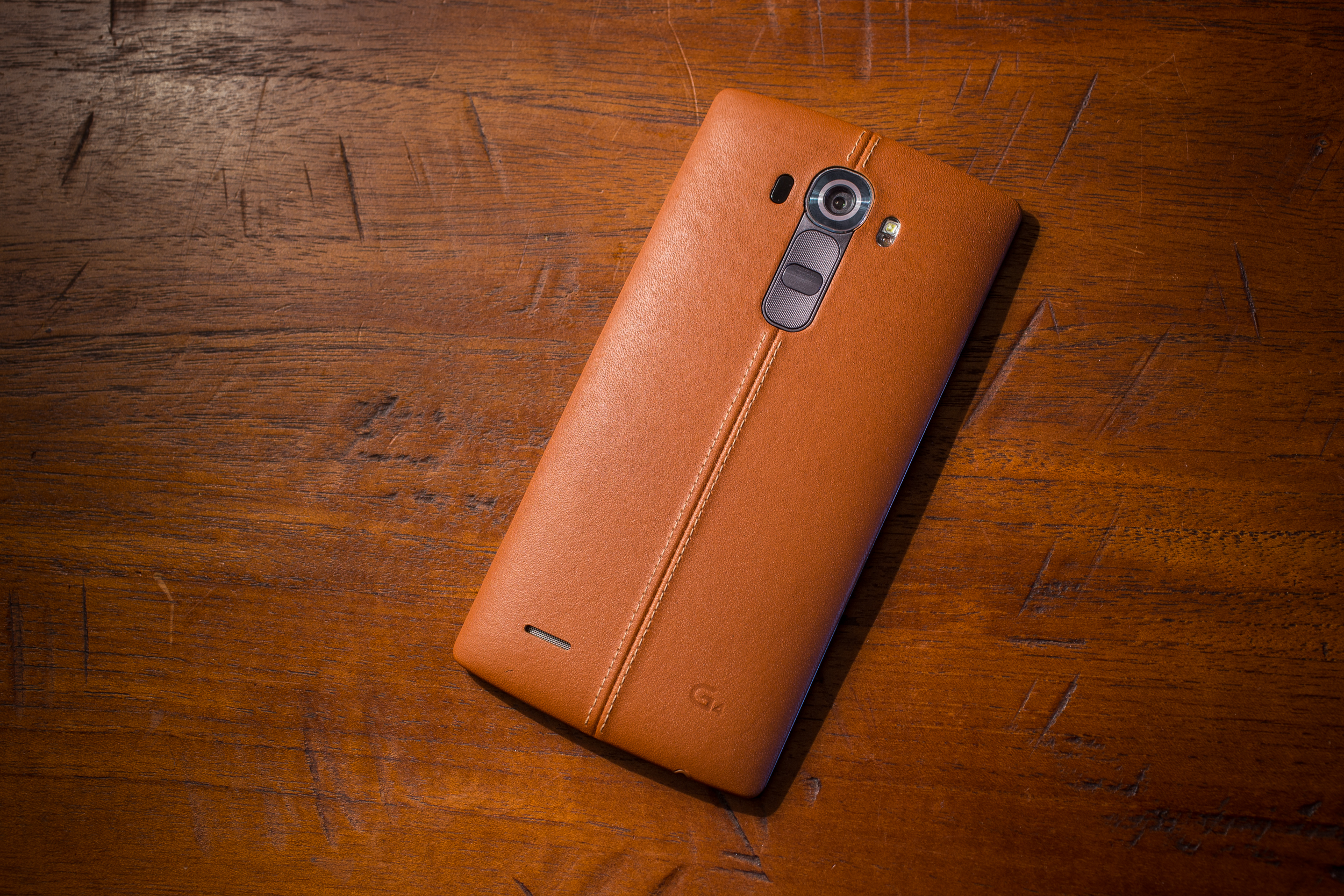 lg-g4-leather-product-2.jpg