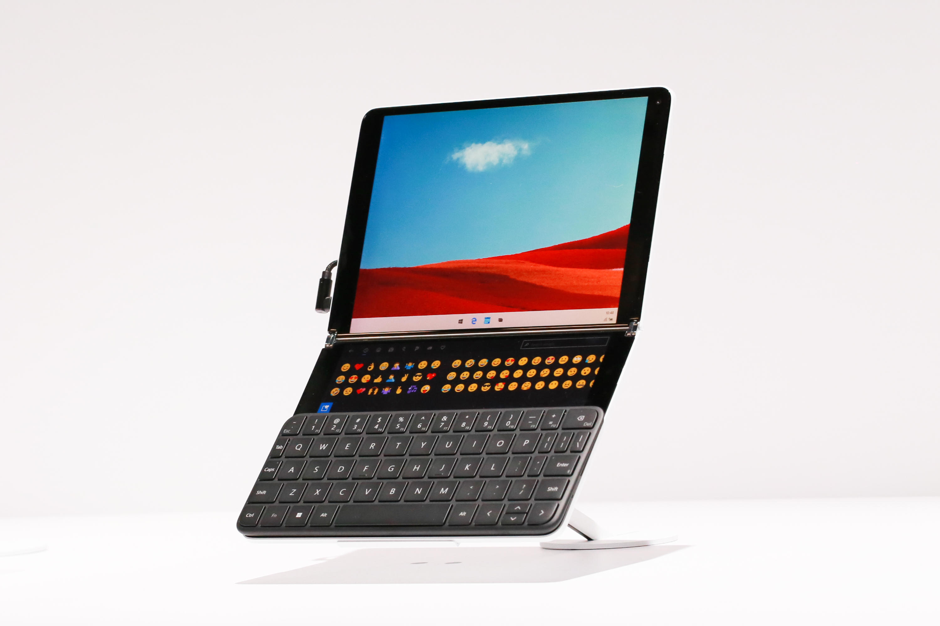 201-microsoft-surface-neo-and-surface-duo