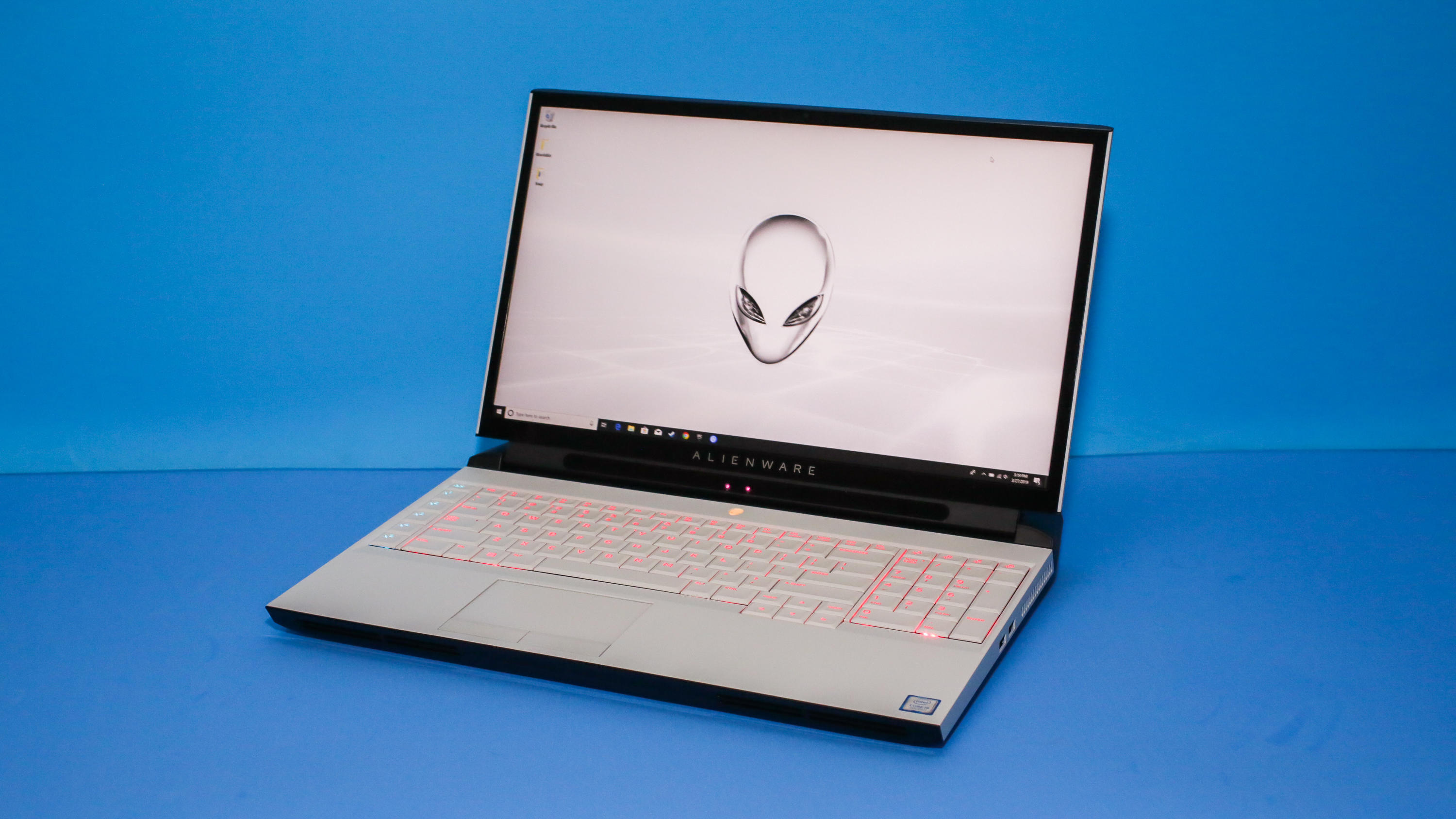 01-alienware-area-51m