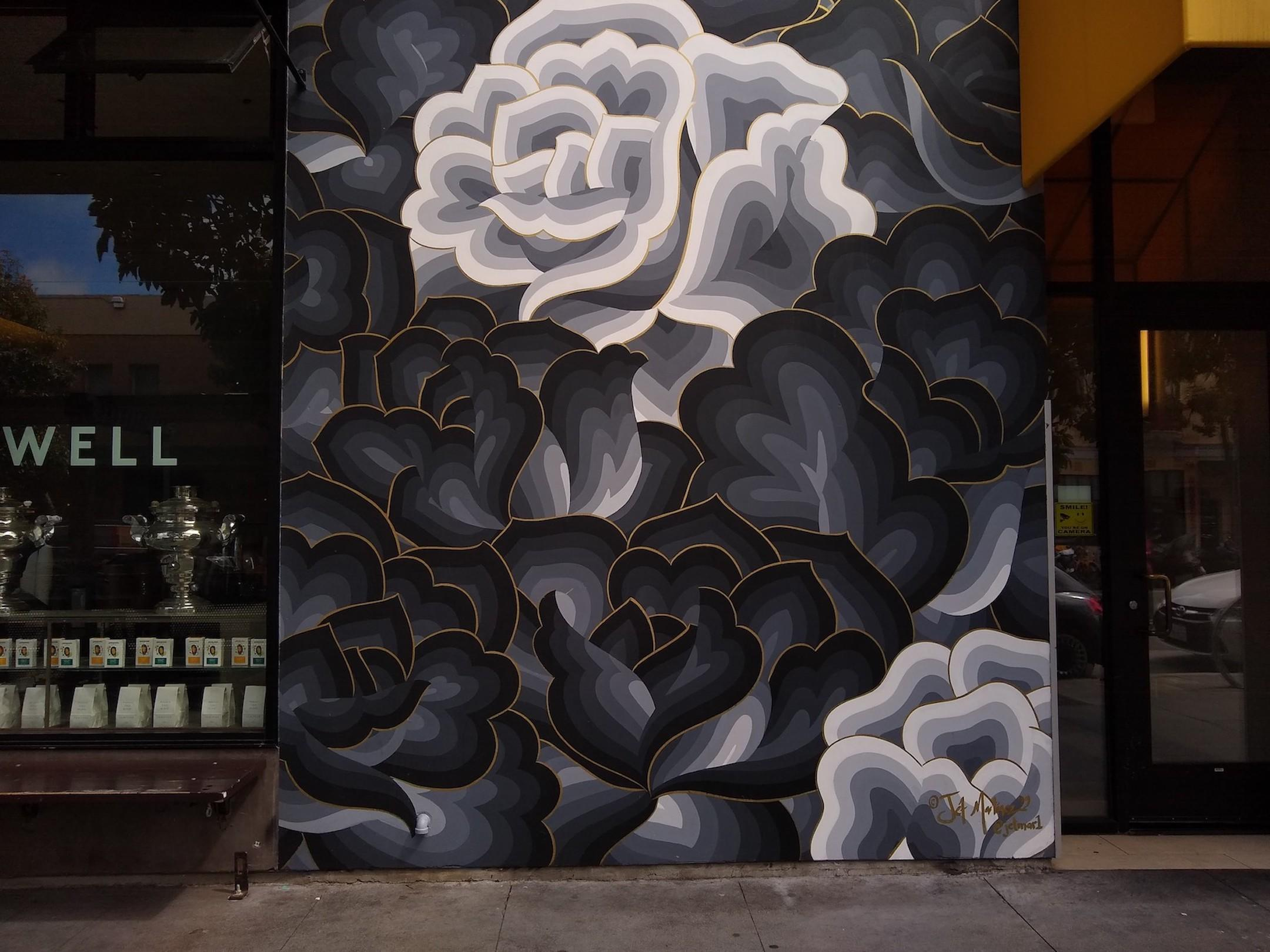 small-good-phot-bandw-mural