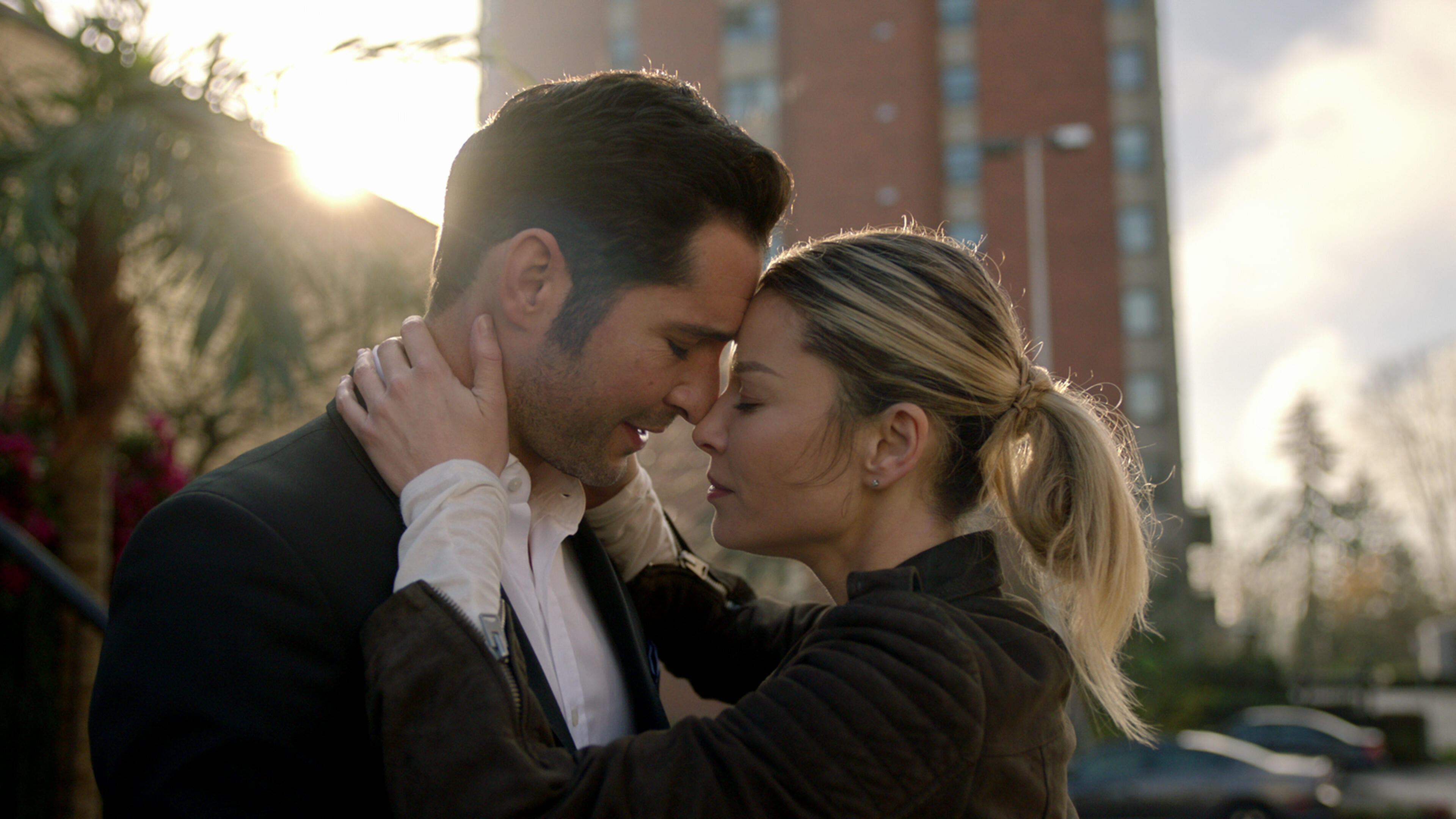 lucifer-season5-episode10-00-50-38-23